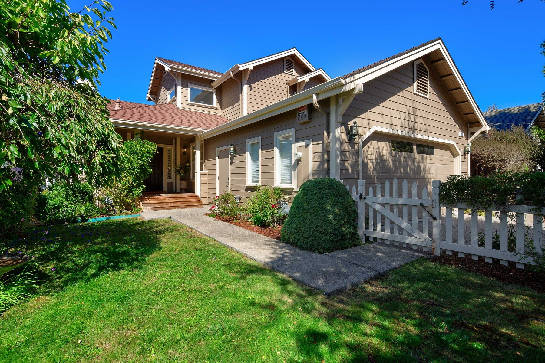 Single Family Homes for Sale at Popular Madera Del Presidio Neighborhood! 13 Presidio Court Corte Madera, California 94925 United States