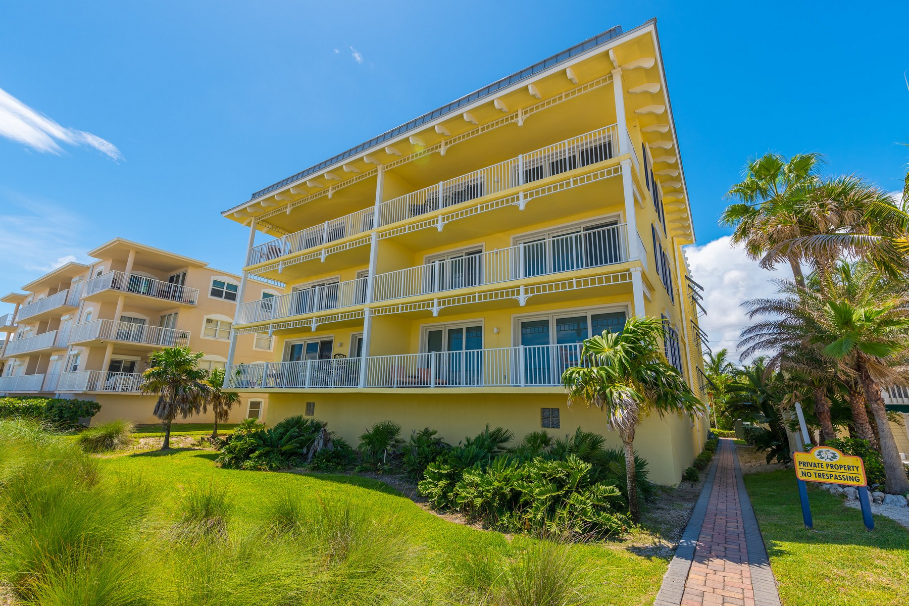 Beautiful Oceanfront Condo in Magnolia Key 605 S Miramar Ave #3201 Indialantic, Florida 32903 Vereinigte Staaten