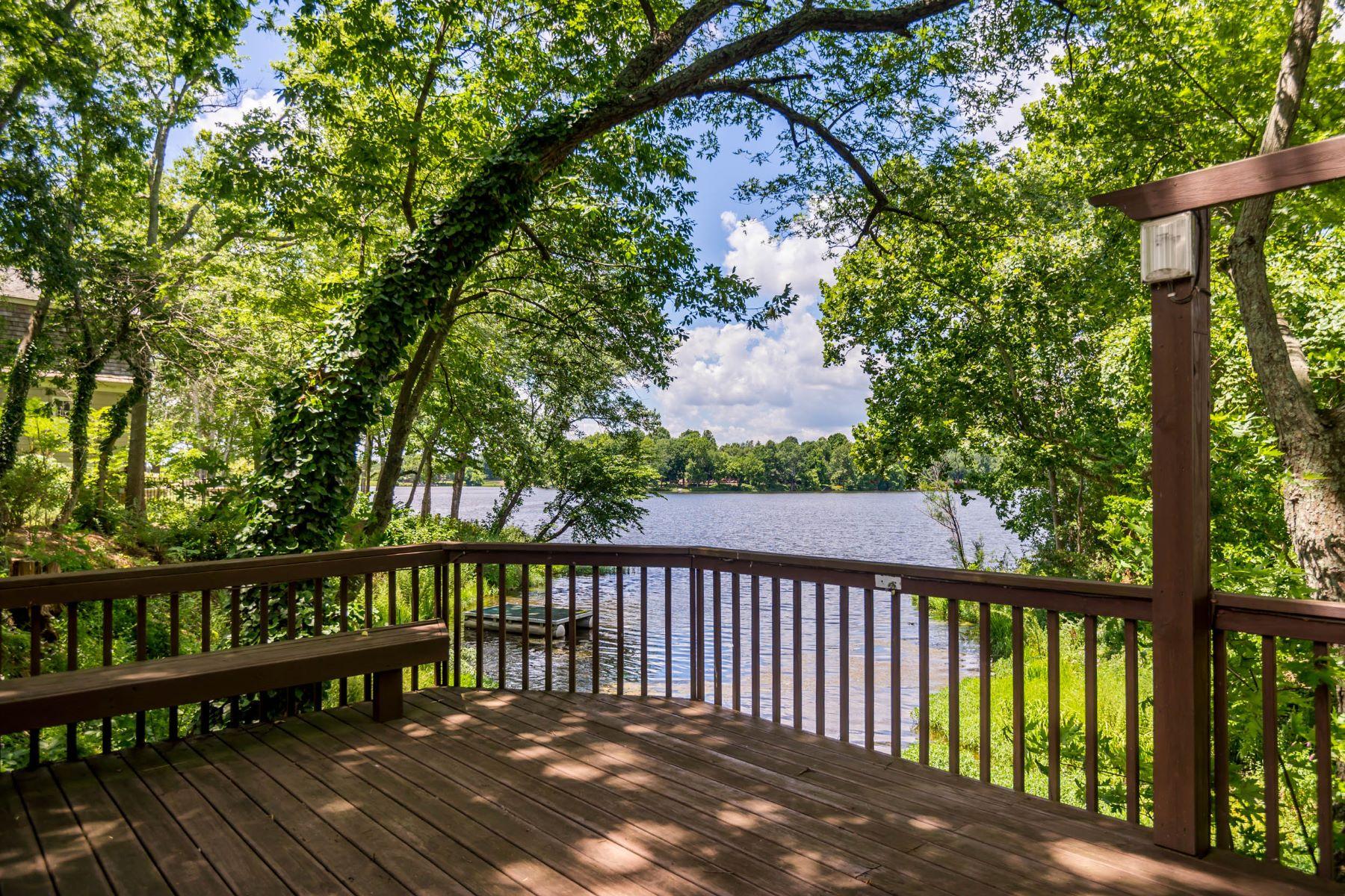 Частный односемейный дом для того Продажа на 2100 Island Drive Lexington, Кентукки, 40502 Соединенные Штаты