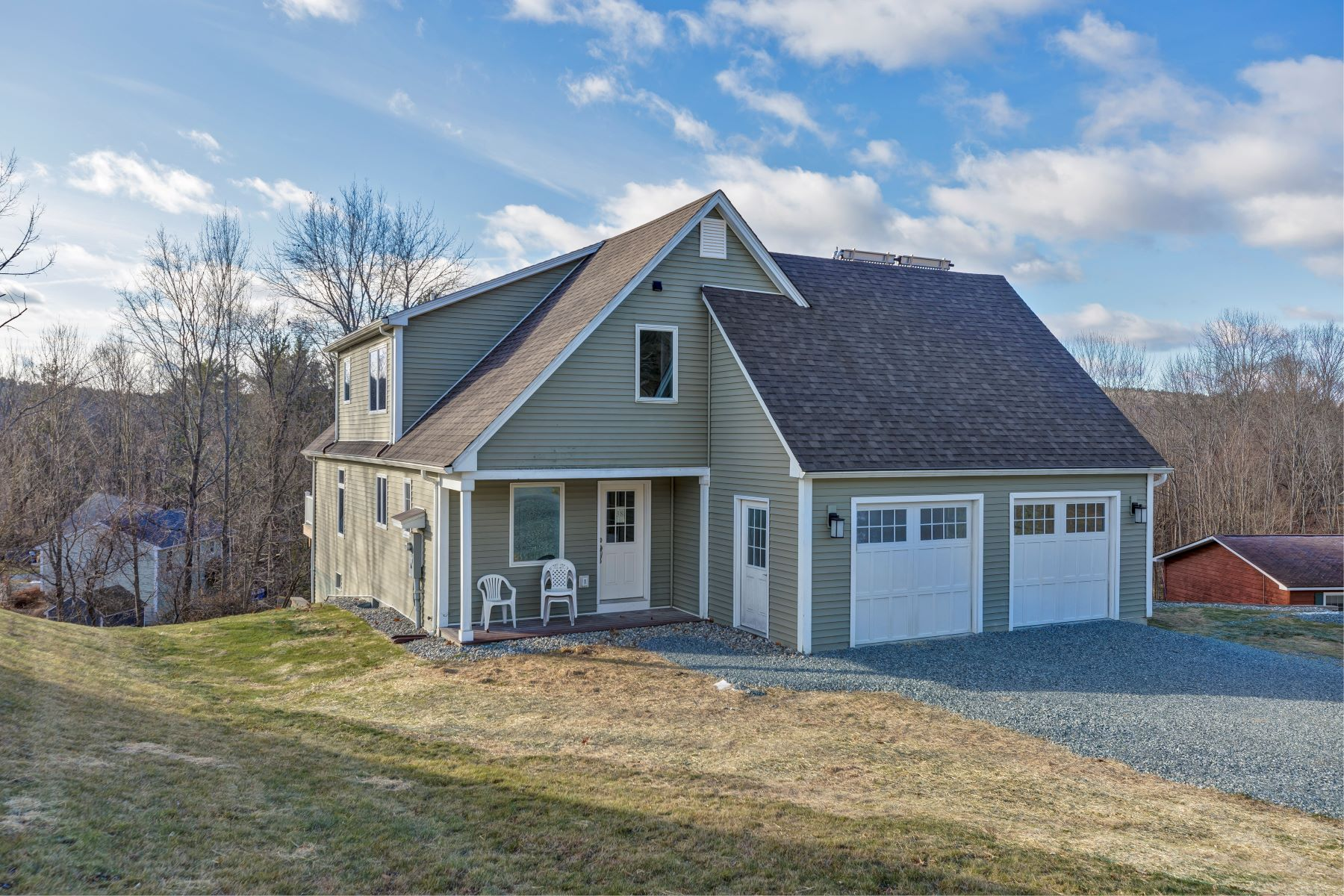 Single Family Homes for Sale at Four Bedroom Renovated Contemporary in Hartford 38 Ozzy Ln Hartford, Vermont 05001 United States