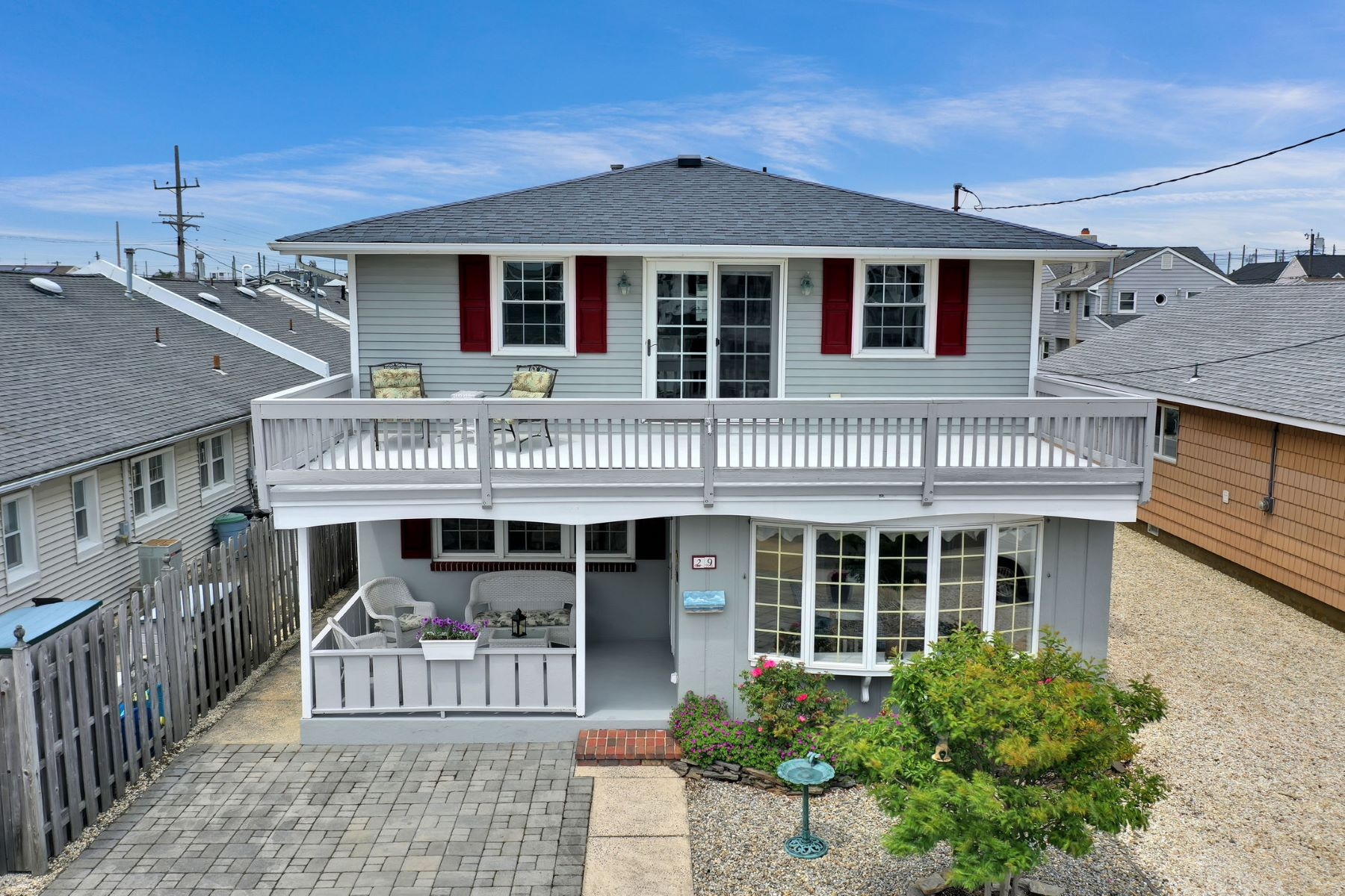Single Family Homes للـ Sale في Classic Beach Block Shore Colonial Home 29 Westmont Avenue, Lavallette, New Jersey 08735 United States