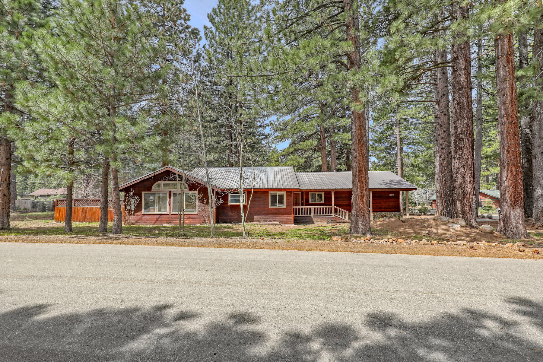 Single Family Homes for Active at Sierra Meadows - Truckee 10611 Torrey Pine Road Truckee, California 96161 United States