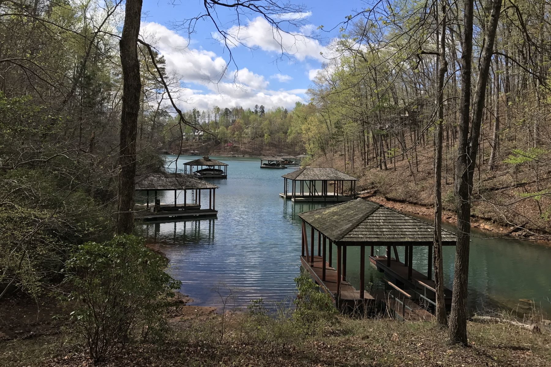 Land for Sale at Tucked Peacefully in a Quiet Cove RES B1, Sunset, South Carolina 29685 United States