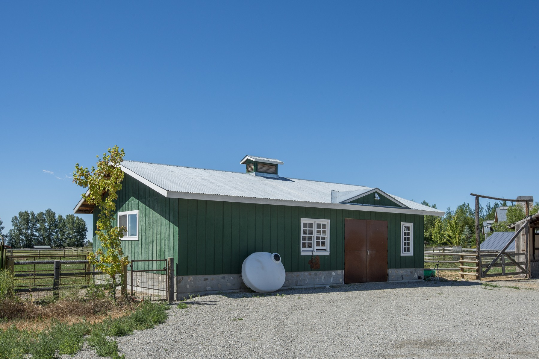Additional photo for property listing at Your Dream Ranch 10965 St Hwy 75 Bellevue, Idaho 83313 États-Unis