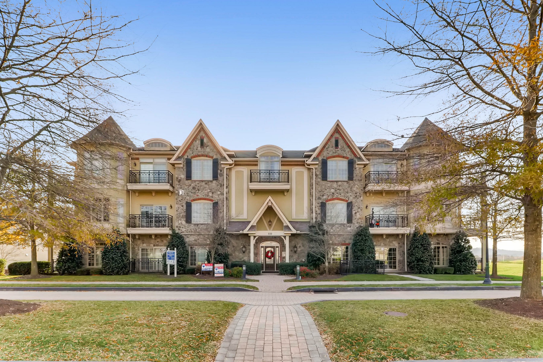 Condominium for Sale at The Links At Gettysburg 220 Savannah Drive #203 Gettysburg, Pennsylvania 17325 United States