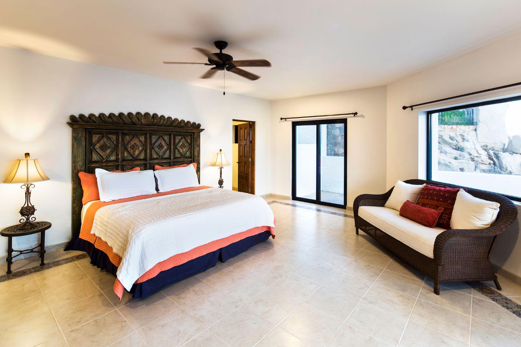 Additional photo for property listing at Casa La Favorita Other Baja California Sur, Baja California Sur Mexico