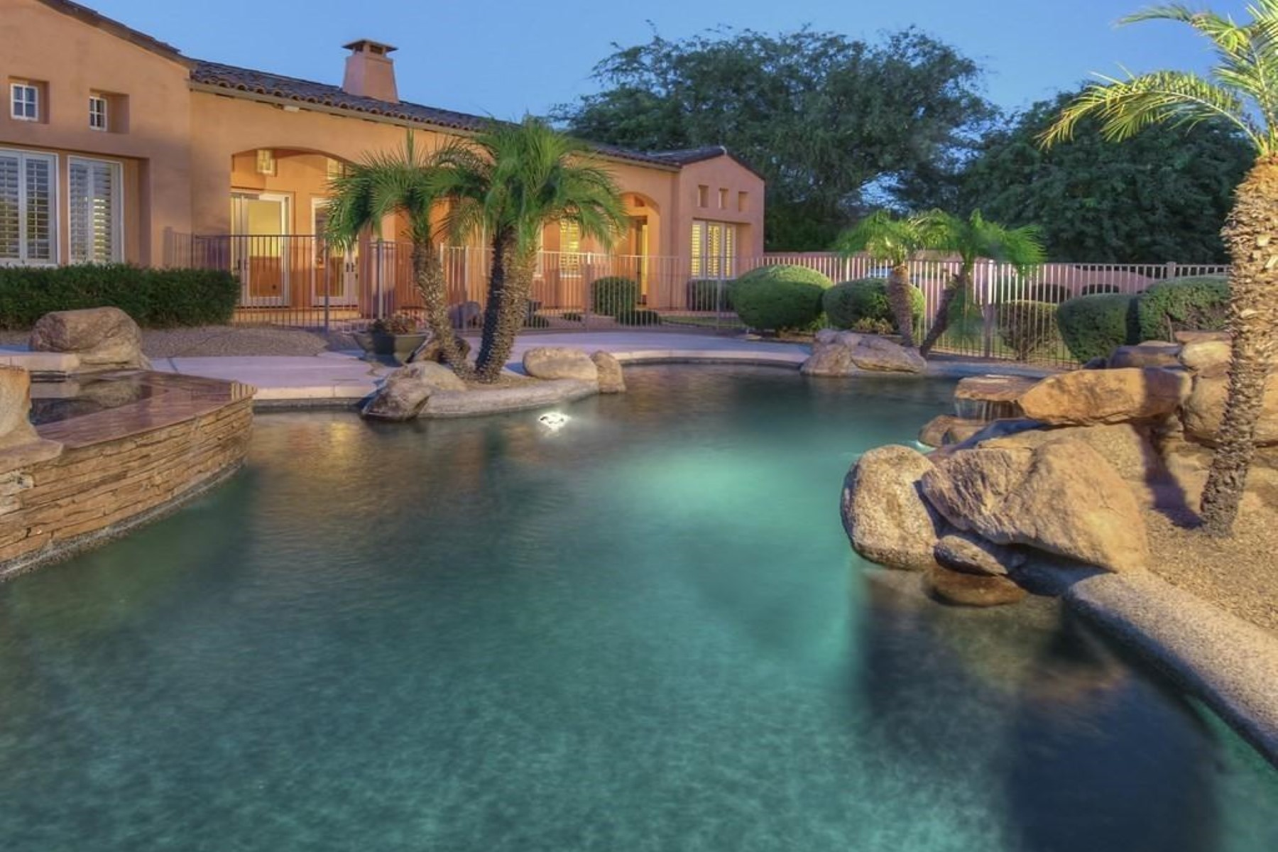 Single Family Home for Sale at Lovely Custom Home In the Heart of DC Ranch 9255 E Mountain Spring Rd, Scottsdale, Arizona, 85255 United States
