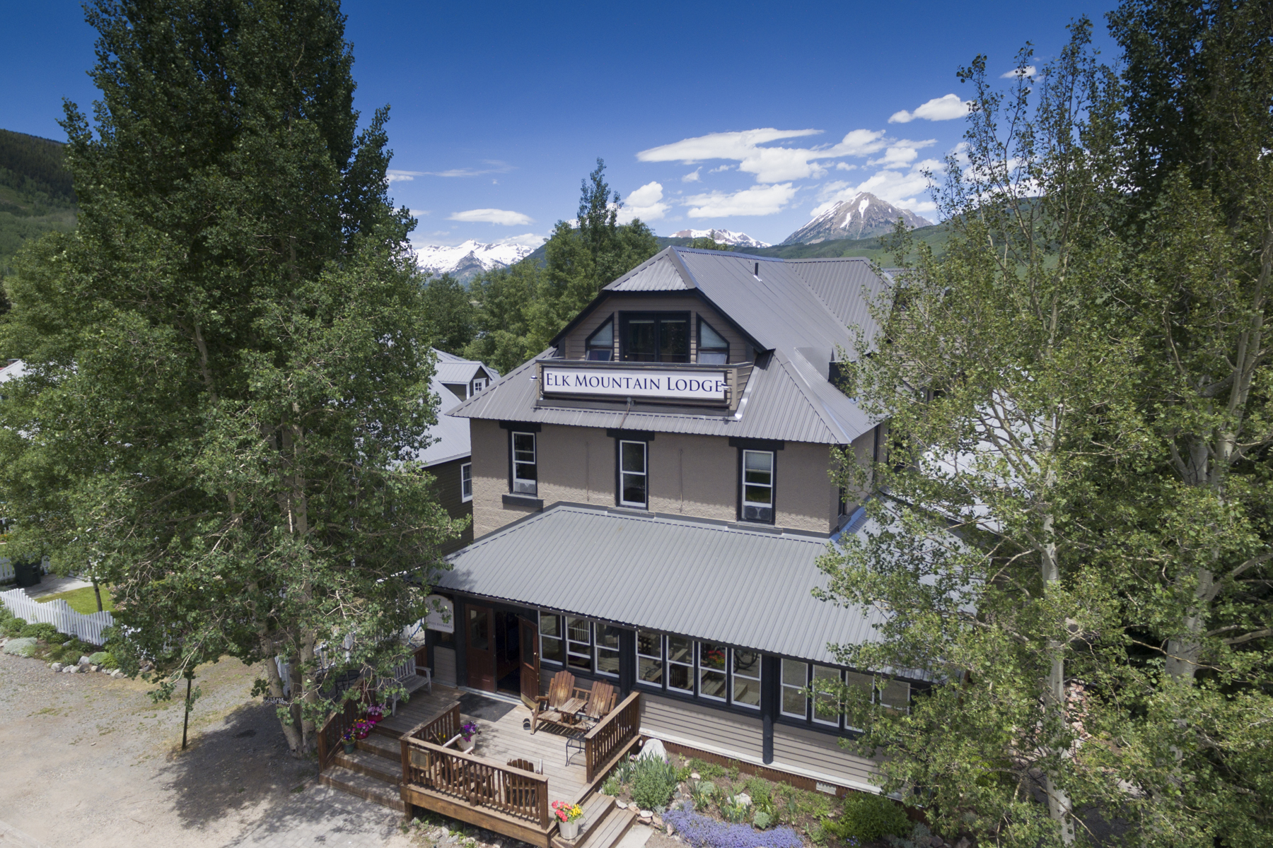 Single Family Home for Sale at The Elk Mountain Lodge 129 Gothic Avenue Crested Butte, Colorado 81224 United States