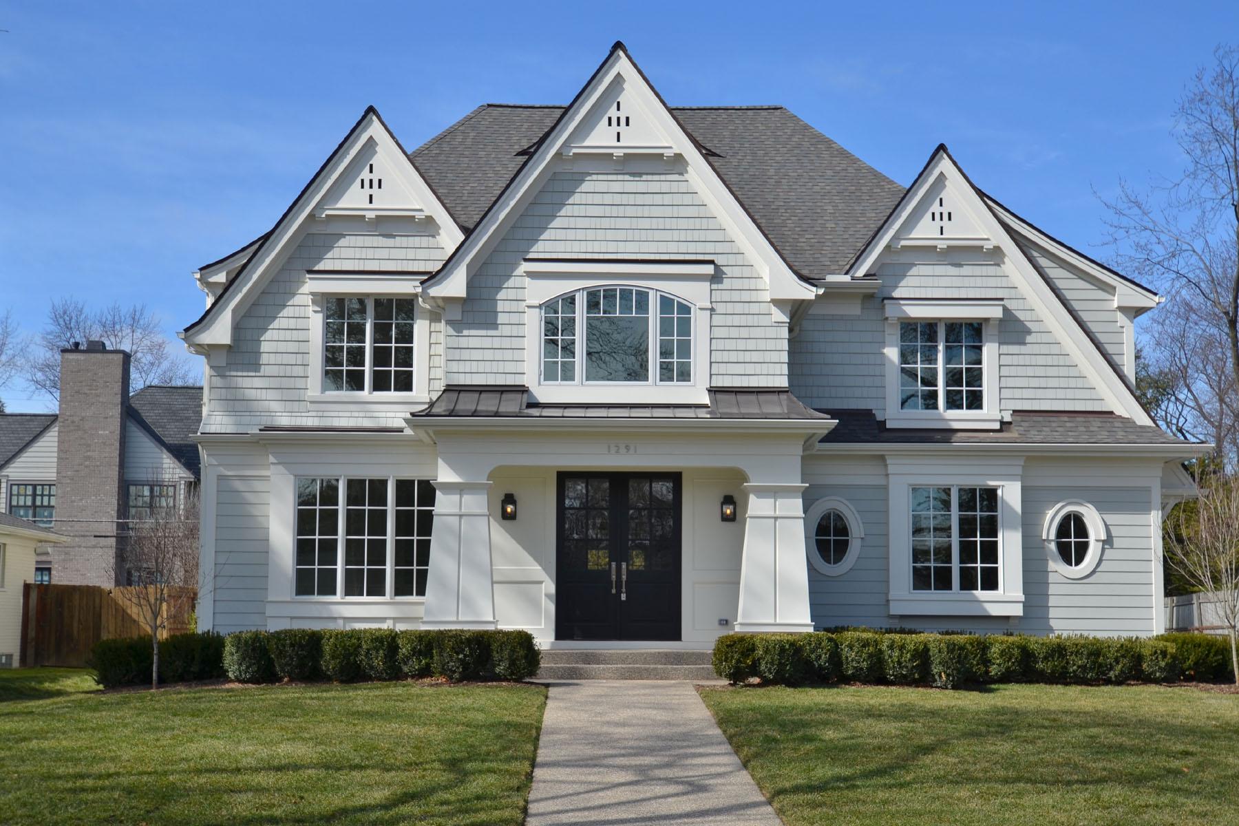 Maison unifamiliale pour l Vente à Birmingham 1291 Suffield Avenue Birmingham, Michigan, 48009 États-Unis