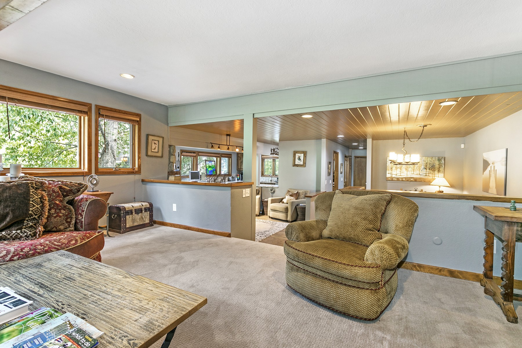 Additional photo for property listing at Duplex Residence on EagleVail Golf Course 144 Grouse Court #B Avon, Colorado 81620 United States