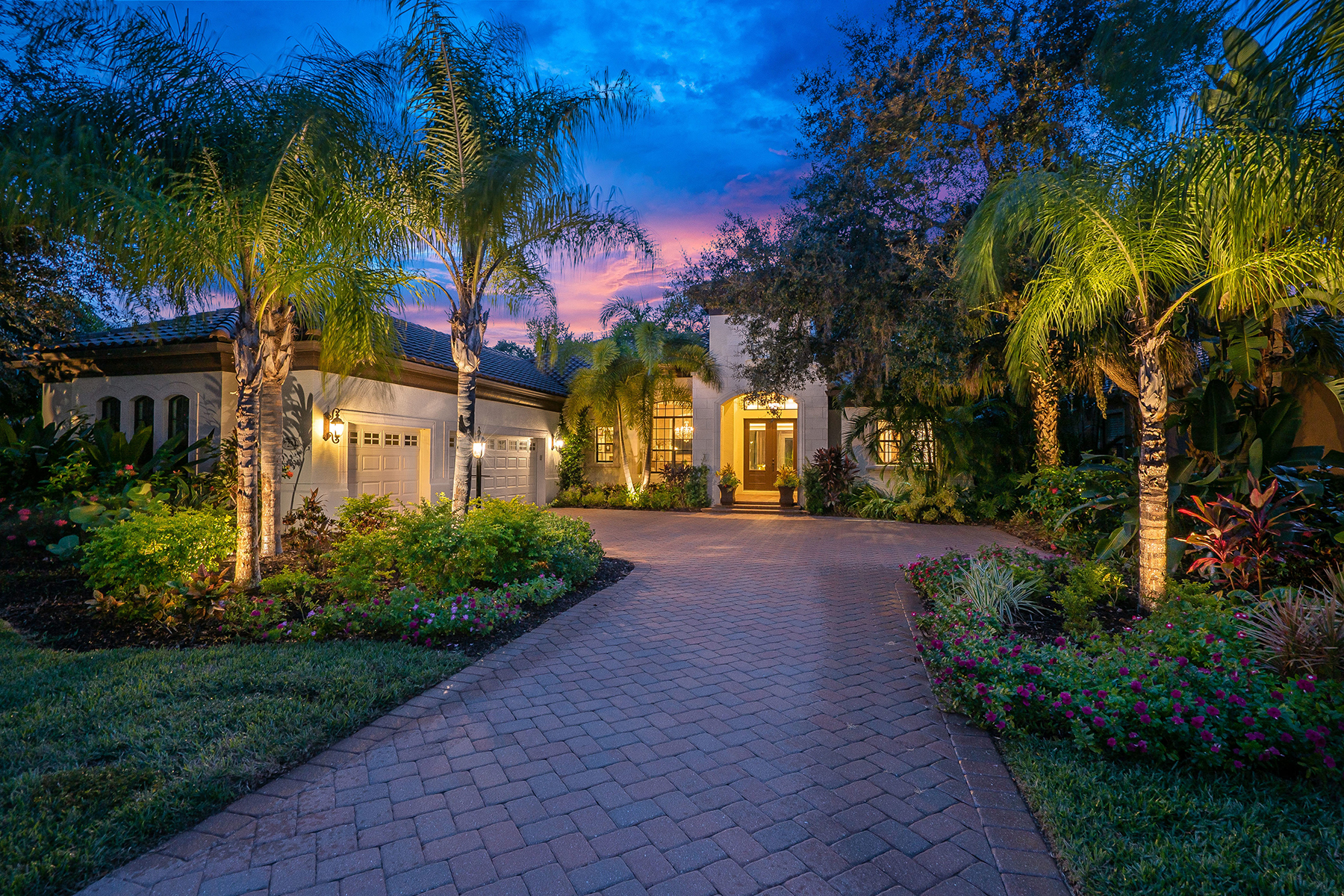 Single Family Homes for Sale at LAKEWOOD RANCH COUNTRY CLUB 7234 Greystone St, Lakewood Ranch, Florida 34202 United States