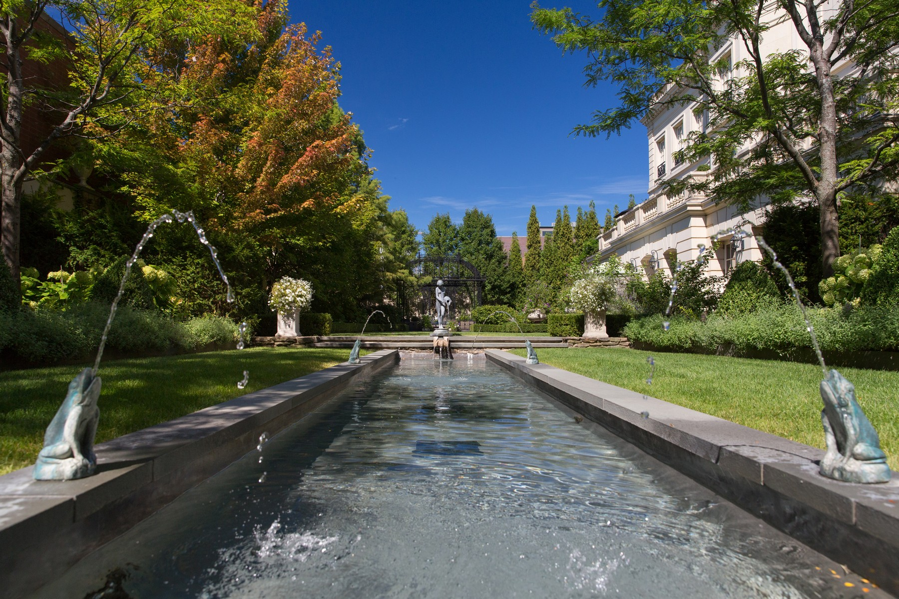 Additional photo for property listing at Masterpiece in Lincoln Park 1932 N Burling Street, シカゴ, イリノイ 60614 アメリカ