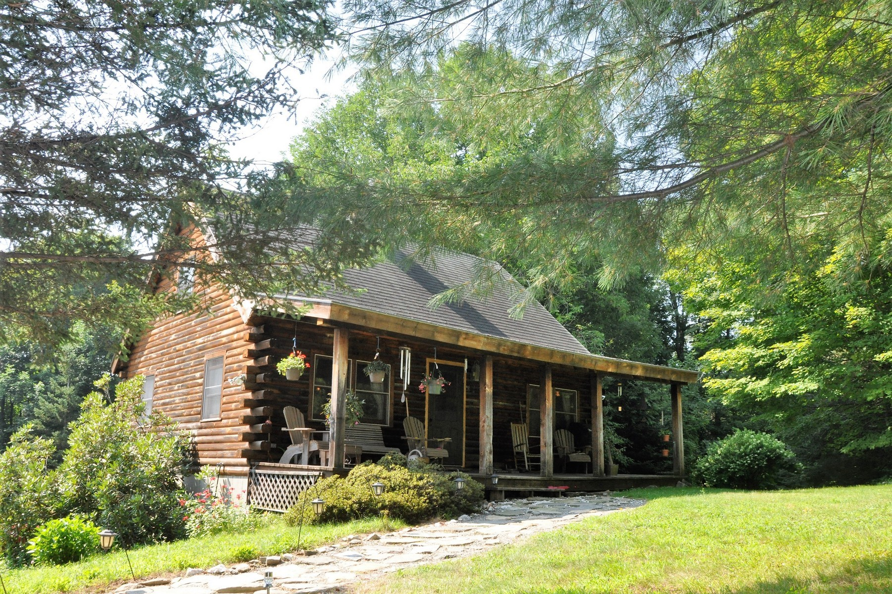 Single Family Home for Sale at Moosehead Log Home on 2+ Acres 1846 Wilmington Cross Rd Whitingham, Vermont 05342 United States