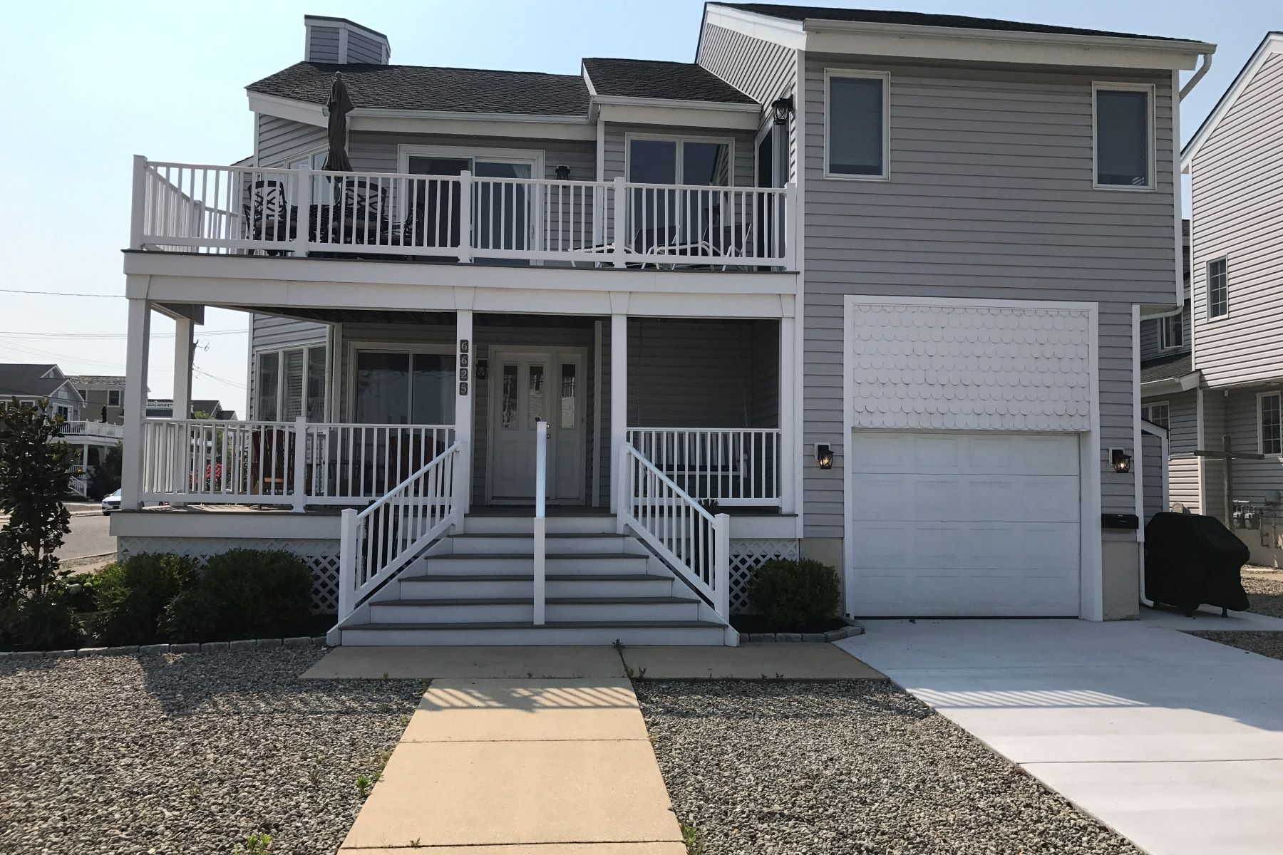 Townhouse for Rent at 6625 Ocean Drive Avalon, New Jersey 08202 United States