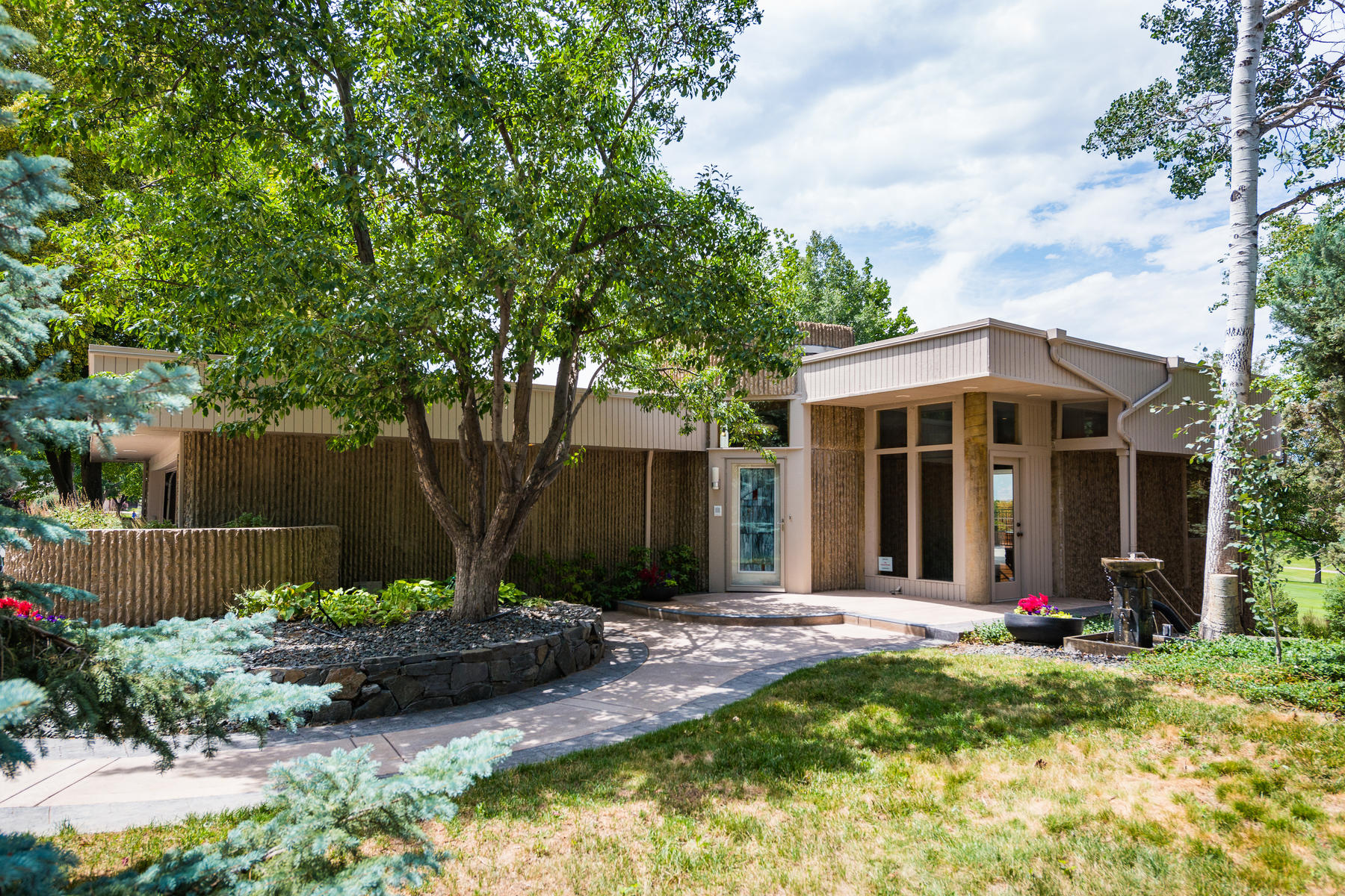 Single Family Homes for Sale at Rare opportunity to own this architecturally significant home! 11339 Quivas Way Westminster, Colorado 80234 United States