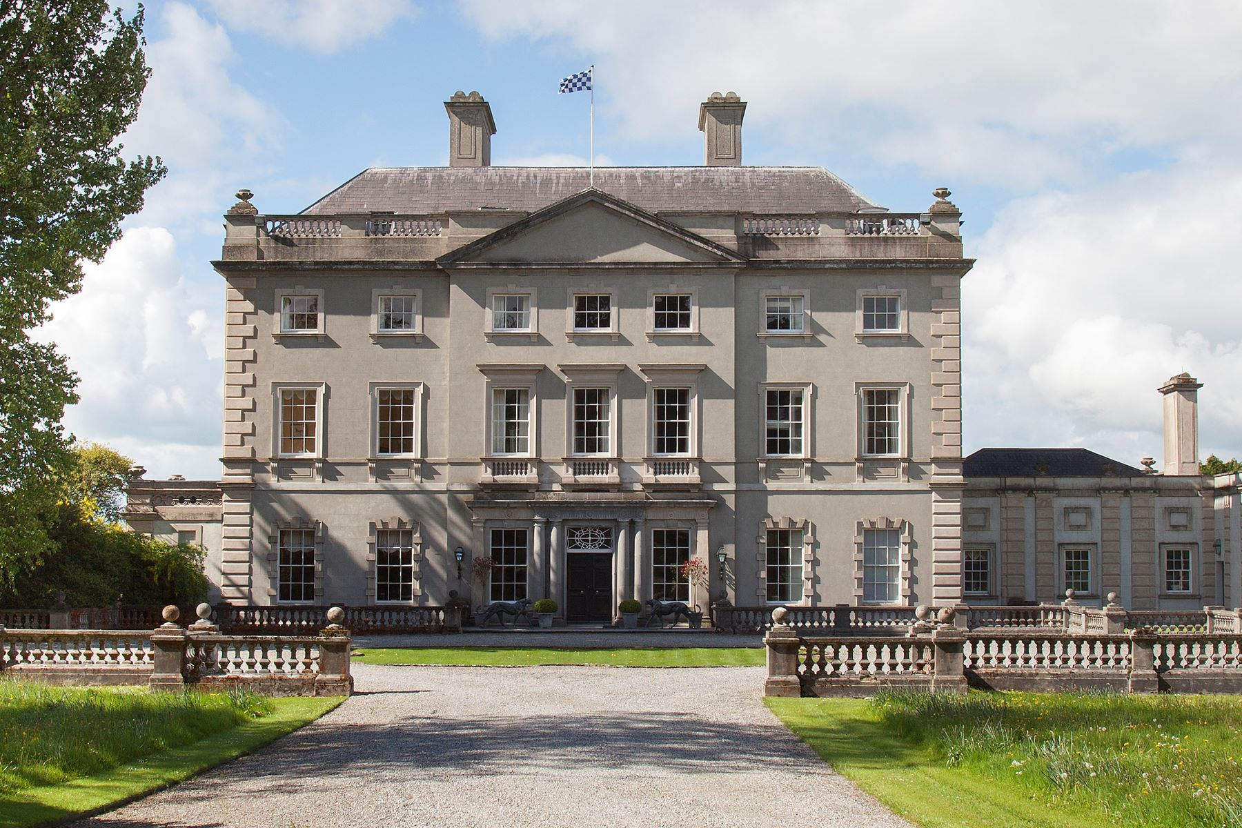 Single Family Homes 为 销售 在 Abbeyleix, Leinster 爱尔兰