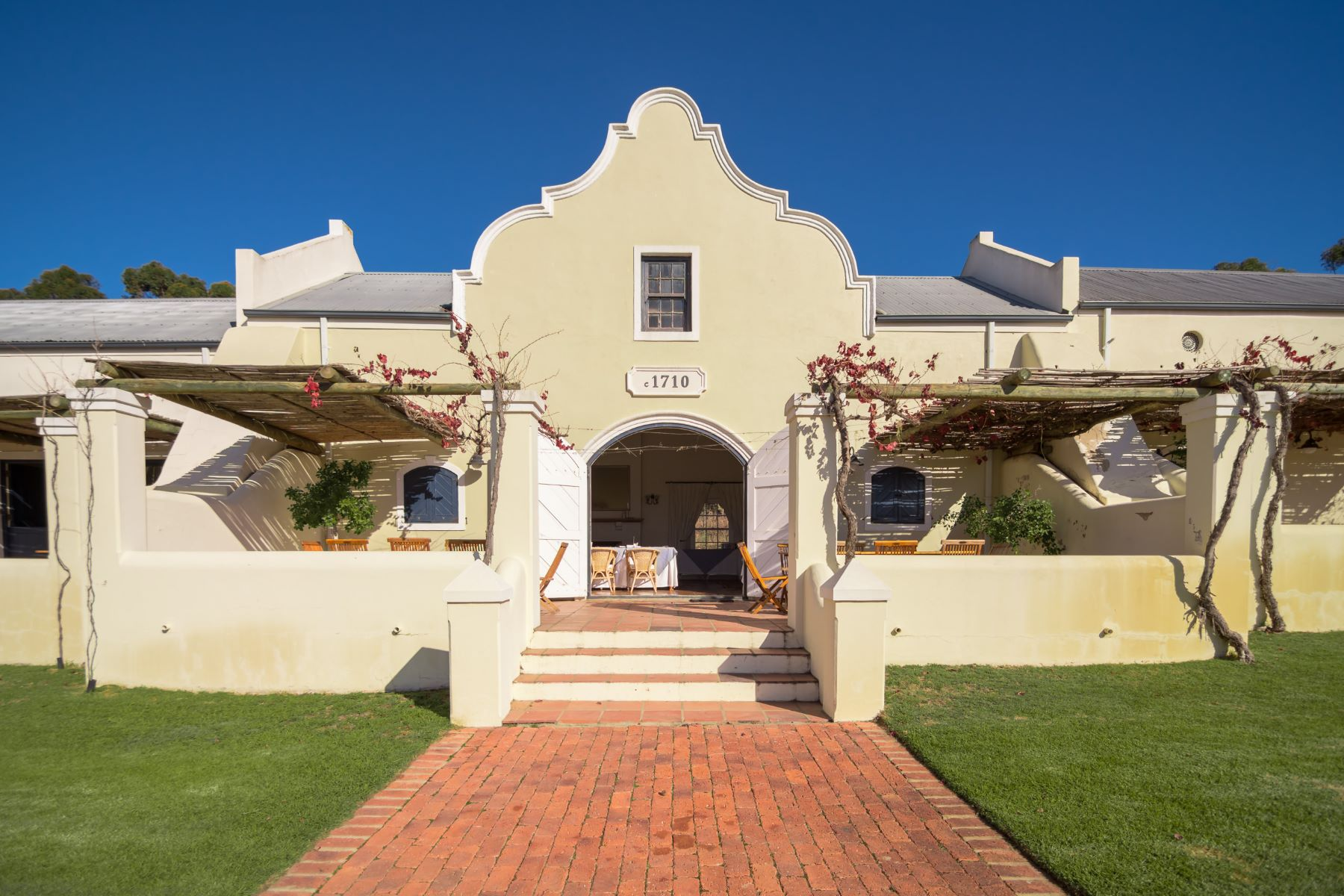 Granjas / Hacienda / Platanción por un Venta en Tulbach Wine & Guest Farm Paarl, Provincia Occidental Del Cabo 6820 Sudáfrica