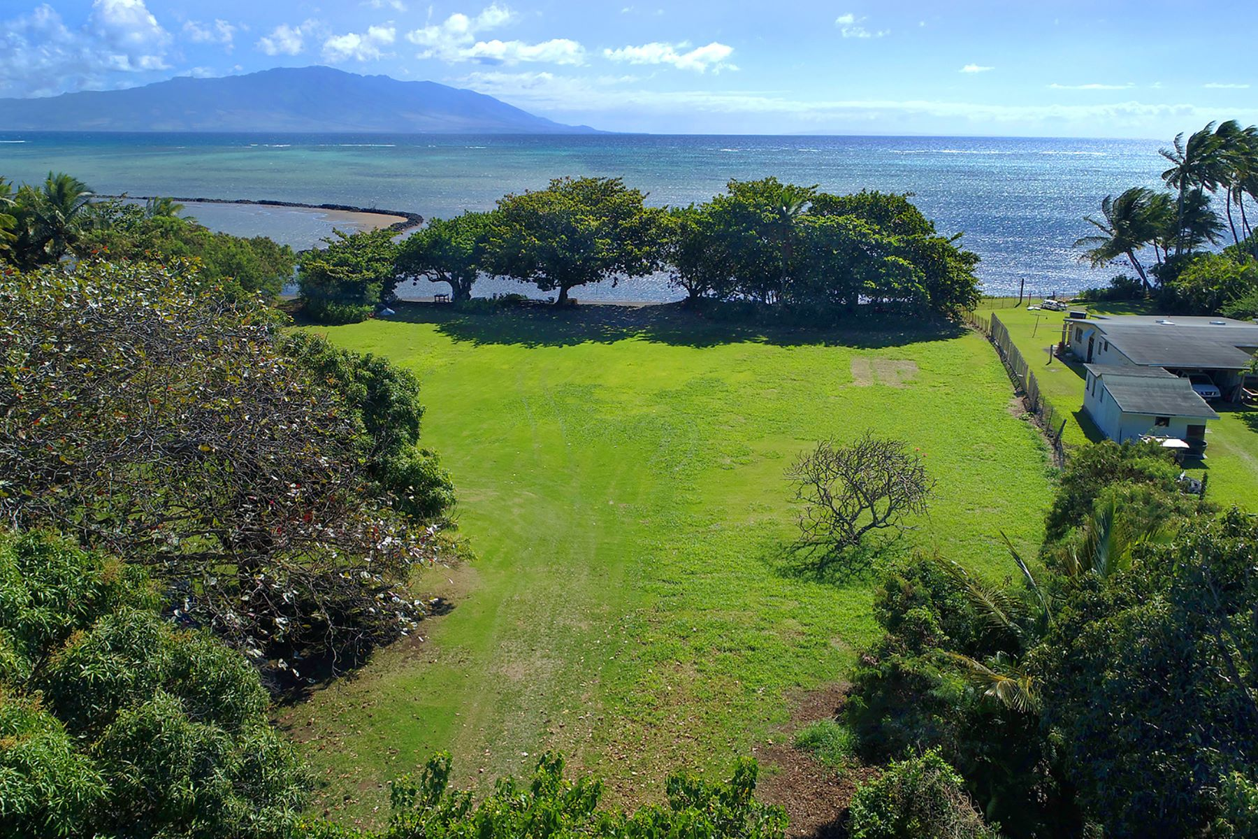 Land for Sale at Oceanfront Molokai, Vacant Land 7754/7760 Kamehameha V Hwy Kaunakakai, Hawaii 96748 United States