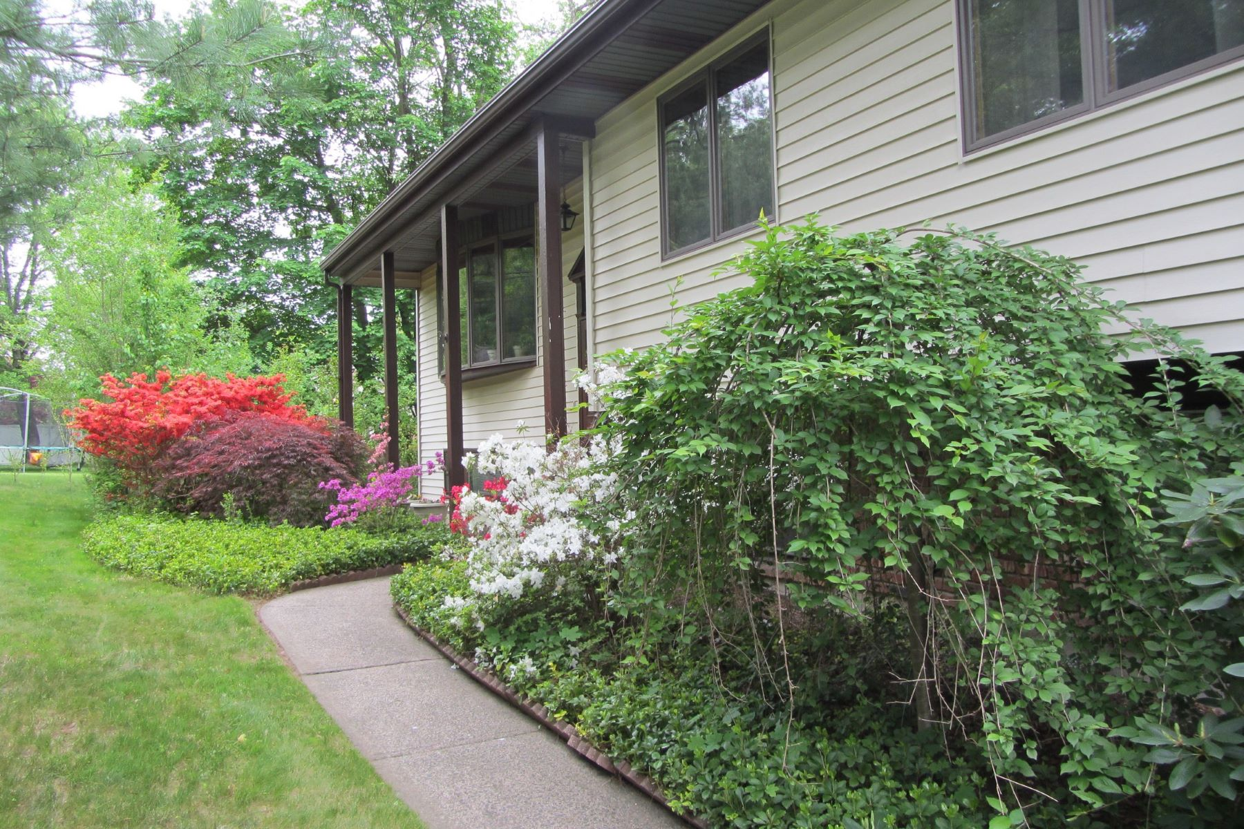Single Family Home for Sale at Private, Picturesque Setting - Sale Pending 439 Route 306 Wesley Hills, New York, 10952 United States
