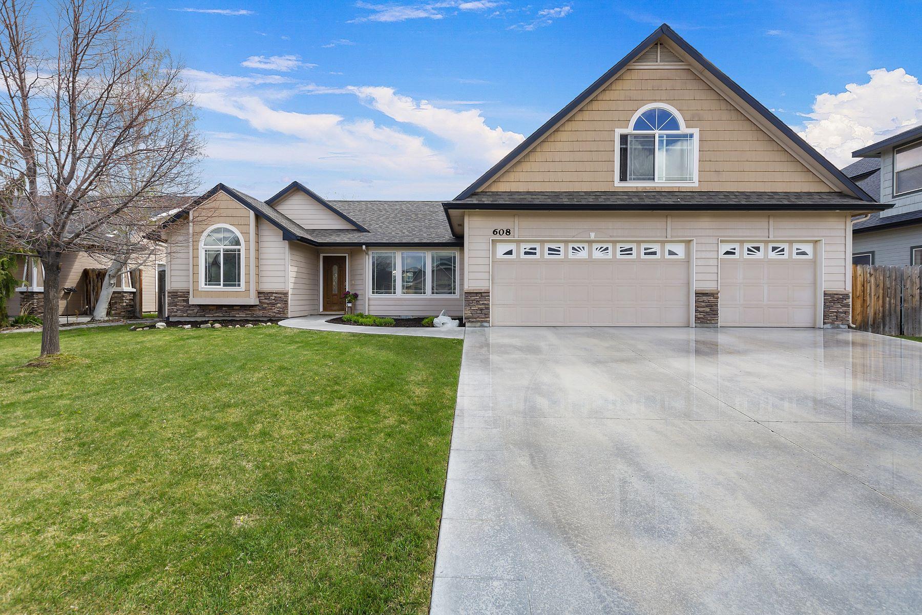 Single Family Homes por un Venta en 608 Black Oak Ave Kuna, Idaho 83634 Estados Unidos