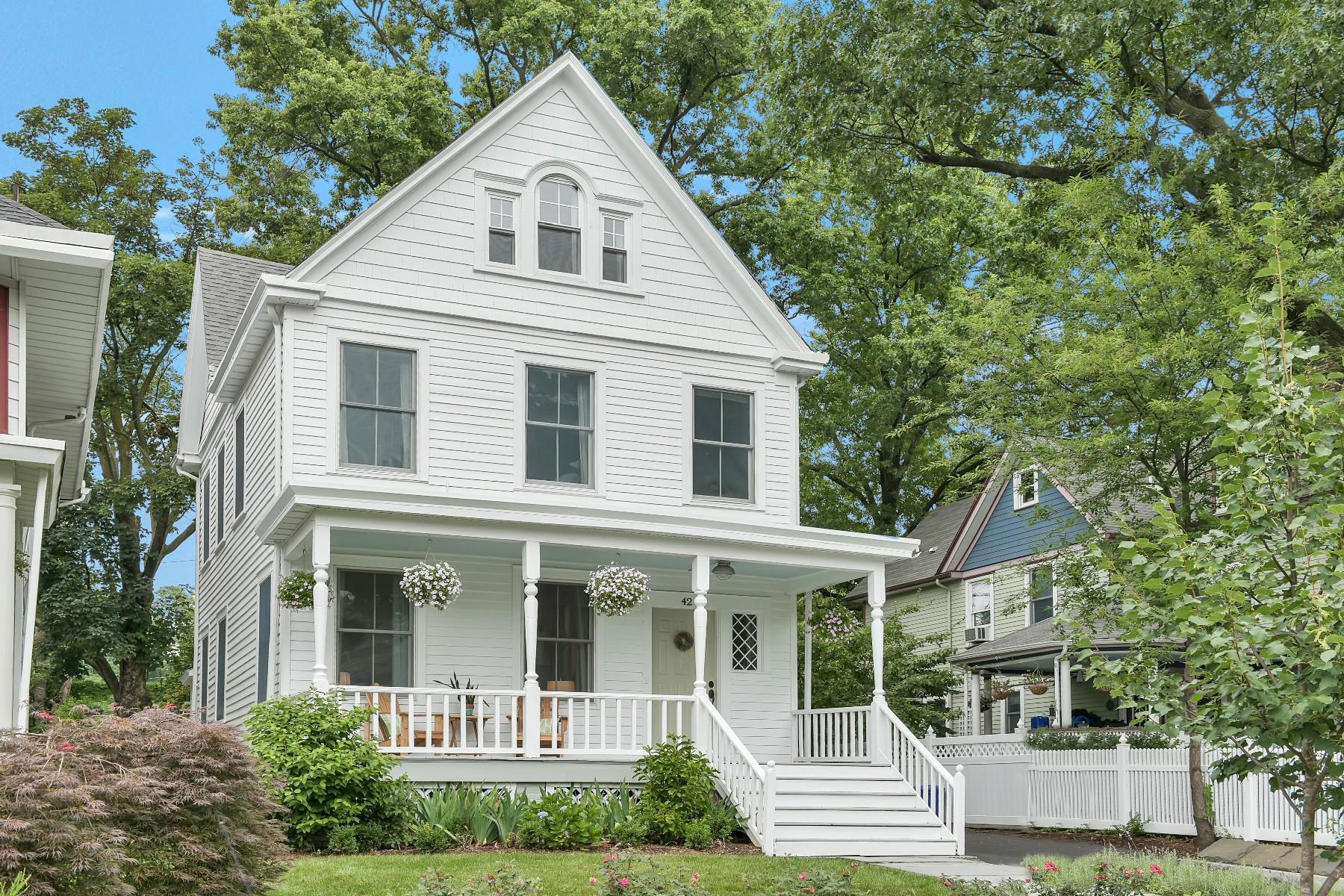 Maison unifamiliale pour l Vente à Chic Modern Farmhouse 42 Herman Street Glen Ridge, New Jersey 07028 États-Unis