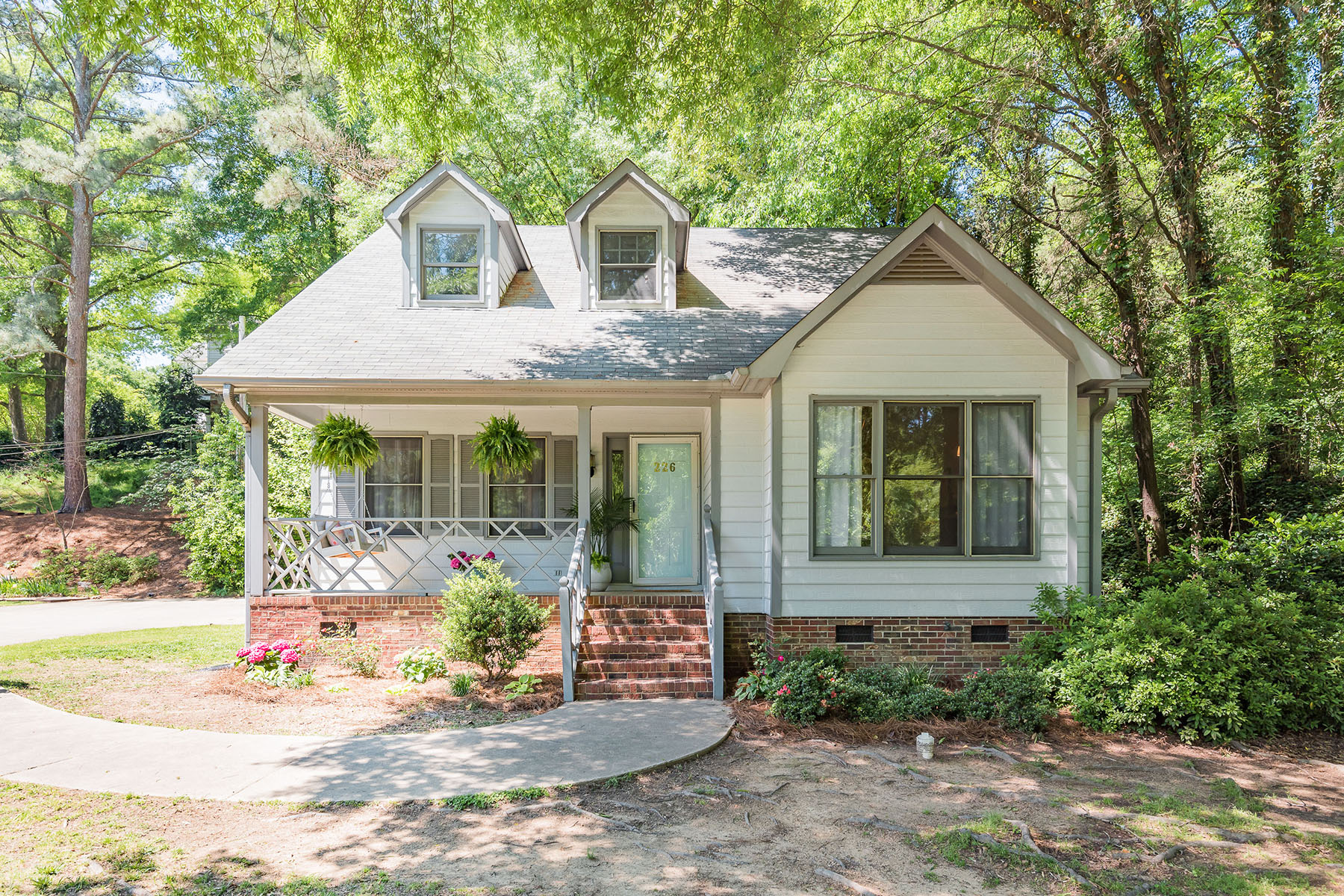 Single Family Homes for Sale at HILLCREST 226 Virginia St Concord, North Carolina 28025 United States