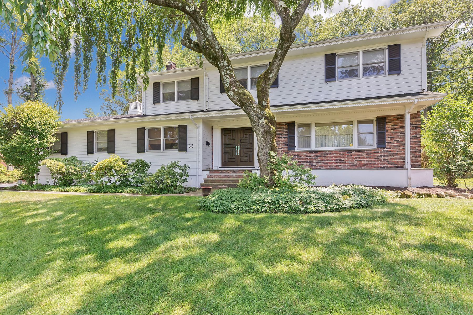 Single Family Homes for Sale at Elegant Spacious Colonial 66 Skylark Road Springfield, New Jersey 07081 United States