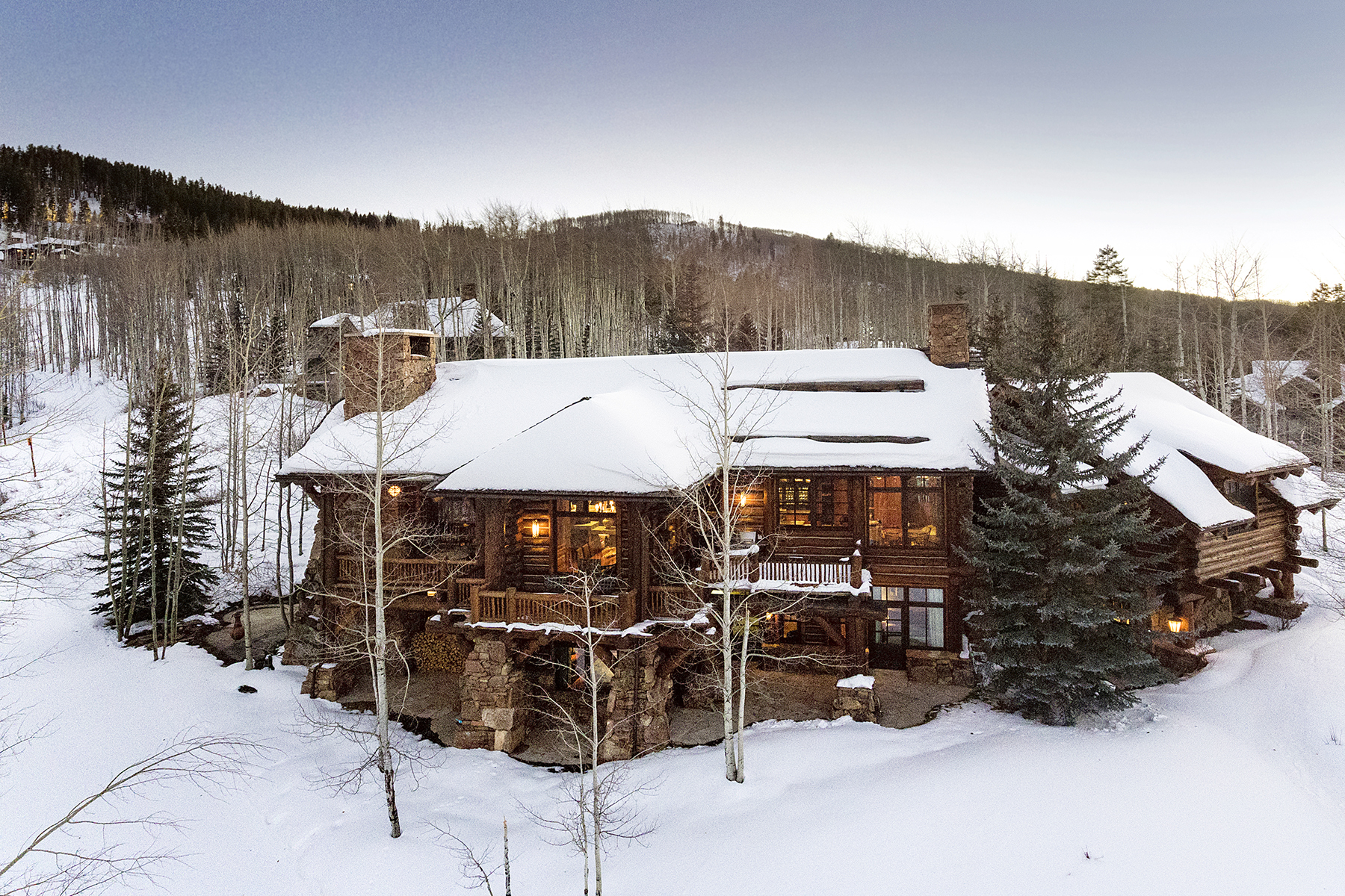 Single Family Home for Active at Private Ski-in/Ski-out 6-bedroom/6.5-bath Custom Log Home 2291 Daybreak Ridge Bachelor Gulch, Colorado 81620 United States
