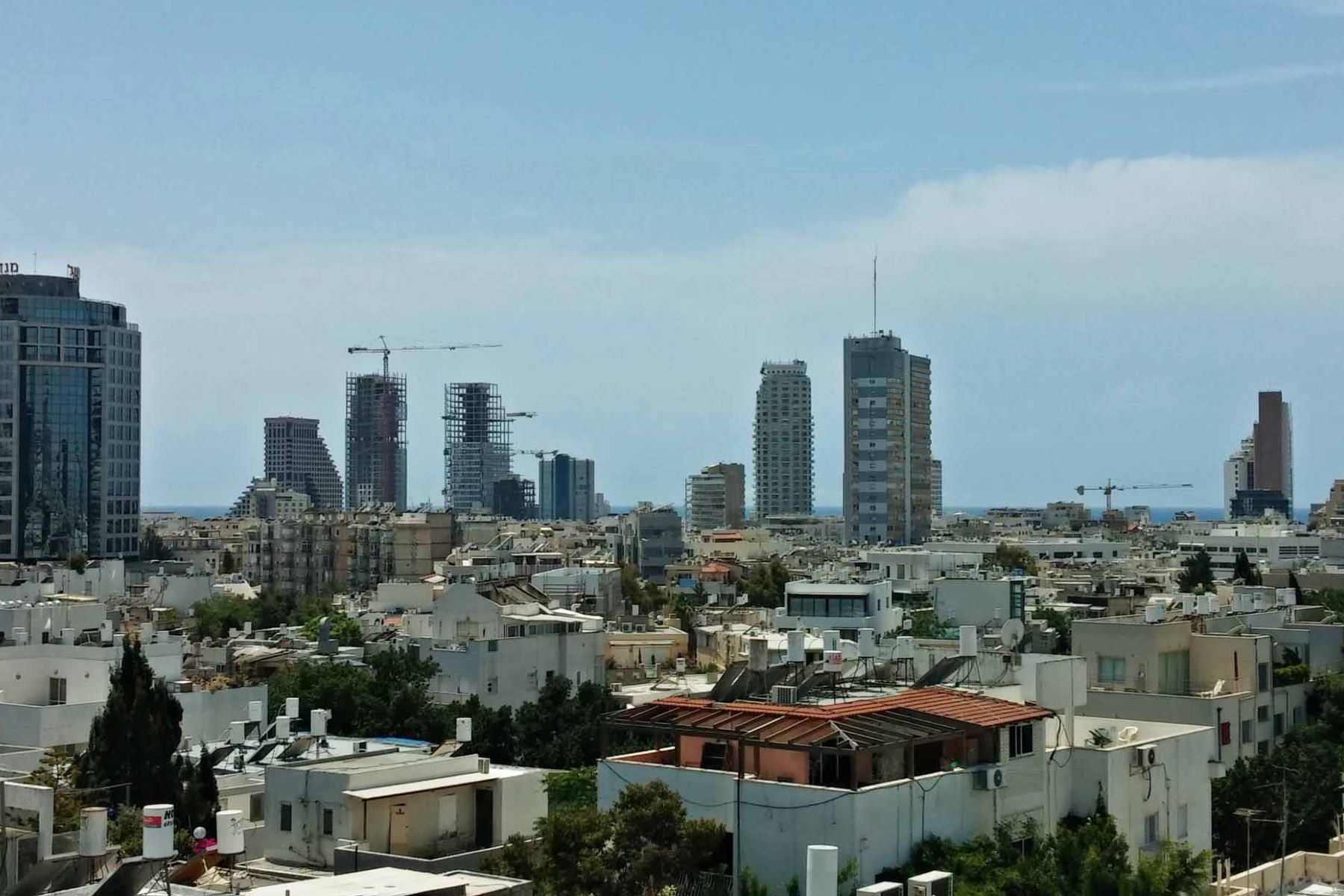 Additional photo for property listing at Elegant One-Floor Penthouse in Historical Building Tel Aviv, Israel Israel
