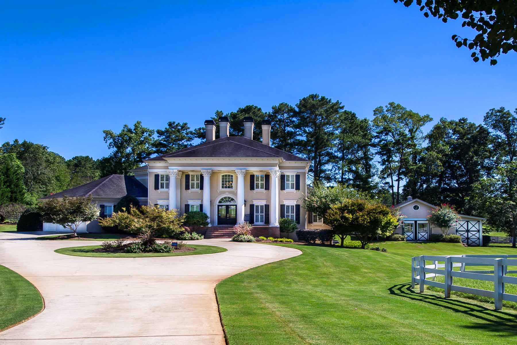 Single Family Home for Sale at Exceptional Equestrian Estate in Milton 545 Tullamore Way Milton, Georgia, 30004 United States