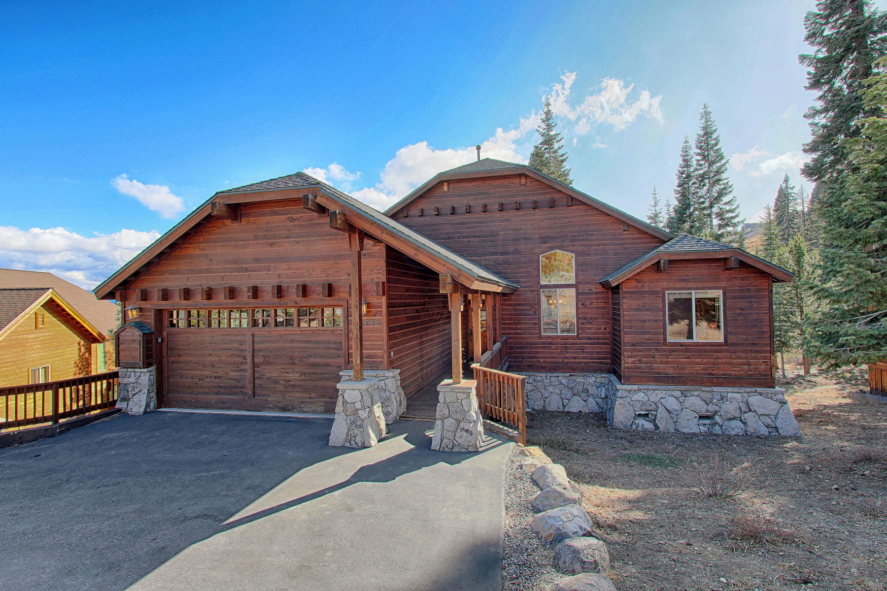 Single Family Homes por un Venta en 16443 Skislope Way Truckee California 96161 16443 Skislope Way Truckee, California 96161 Estados Unidos