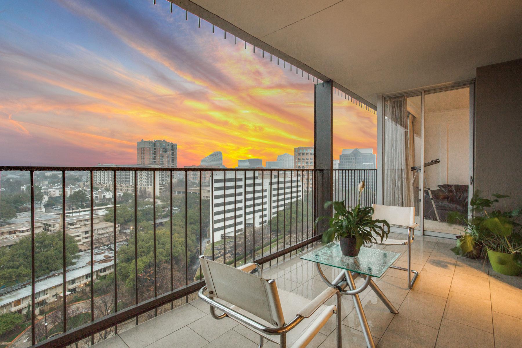 Кондоминиум для того Продажа на Turtle Creek Mid Century Modern High Rise 3310 Fairmount Street #16B, Dallas, Техас, 75201 Соединенные Штаты