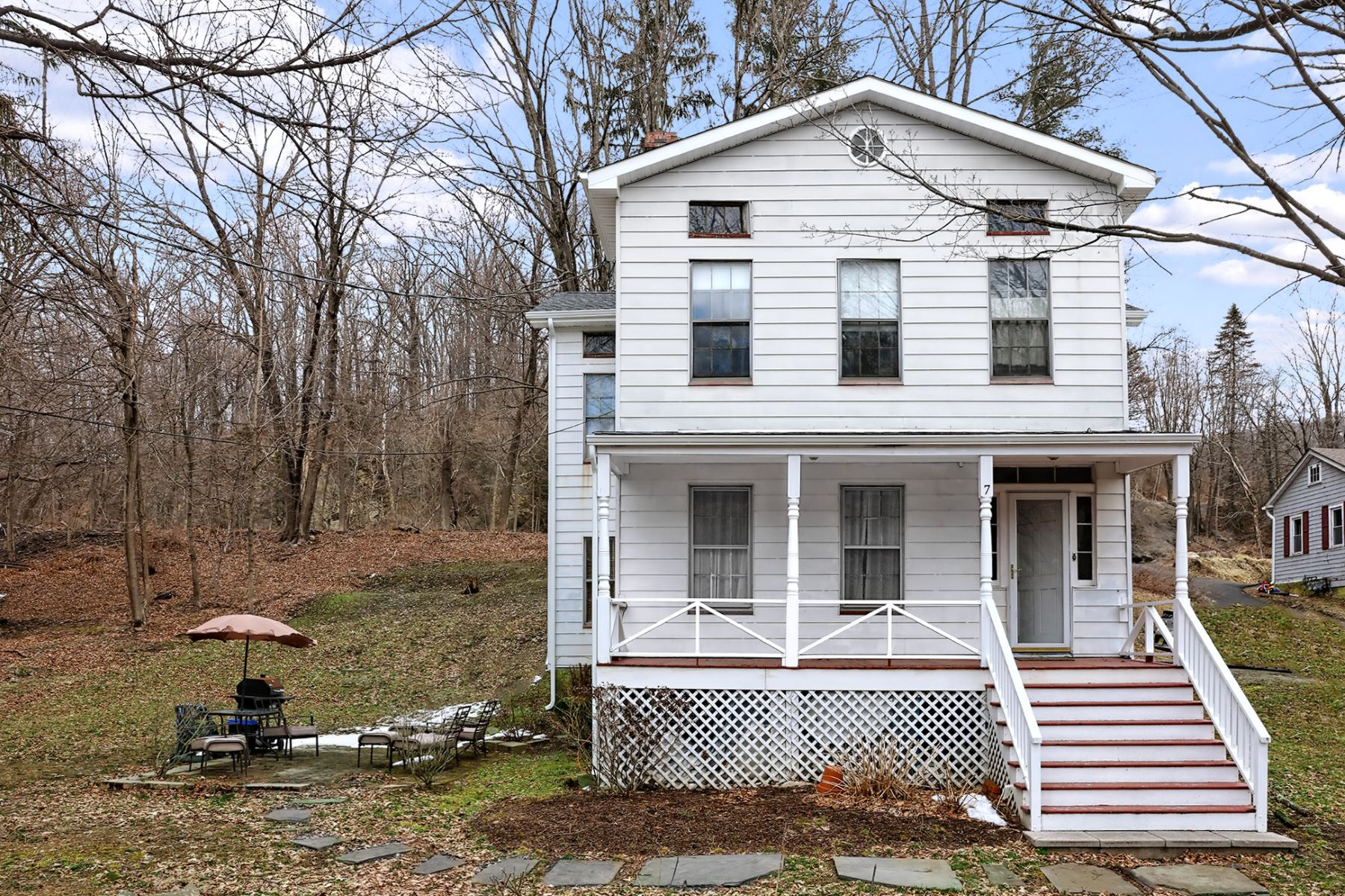 Single Family Home for Sale at Value-priced In A Blue Ribbon District 7 Church Street, Glen Gardner, New Jersey 08826 United States