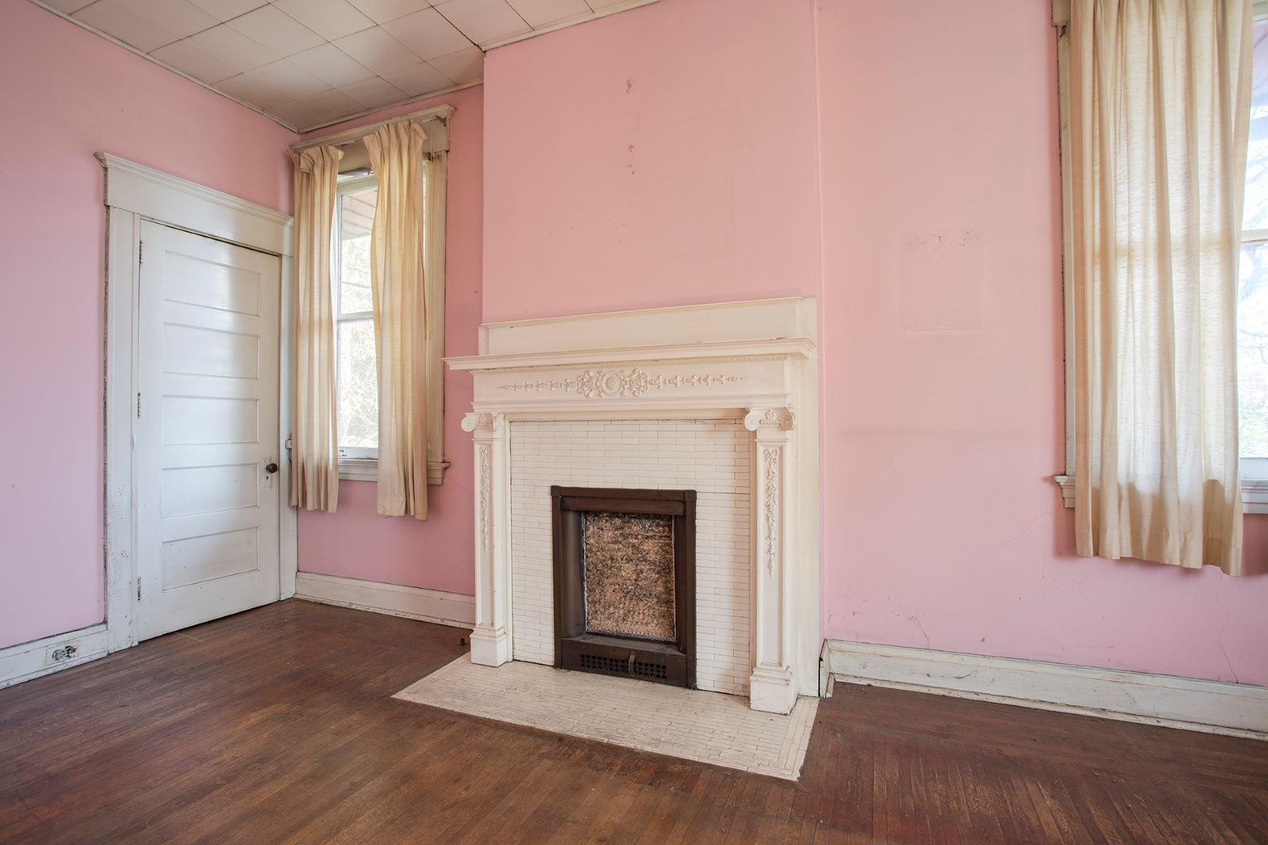 Additional photo for property listing at 311 Highland Terrace 311 Highland Ter Pittsburgh, Pennsylvania 15215 United States