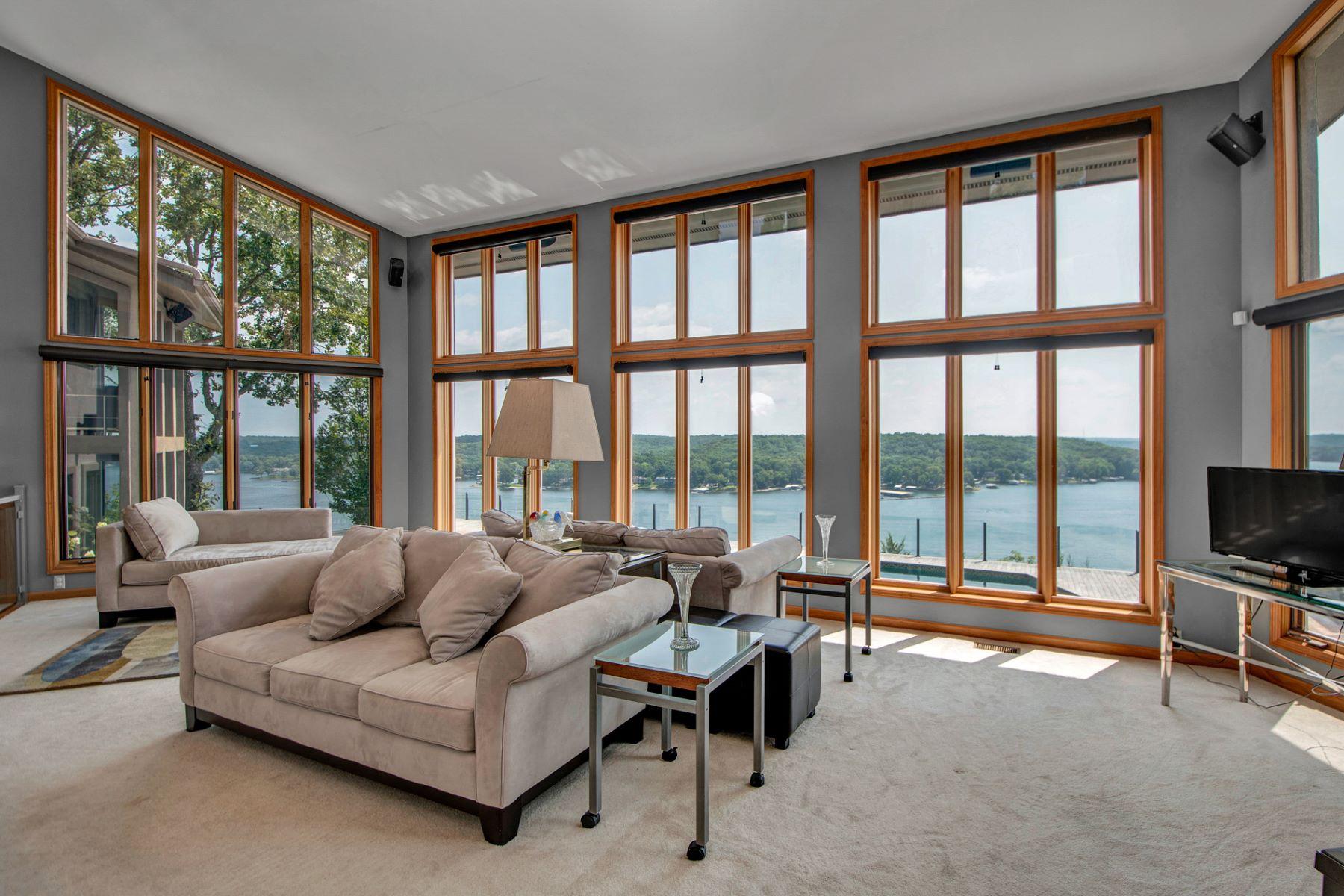 Additional photo for property listing at Lake of the Ozarks  Sunrise Beach, Missouri 65079 United States