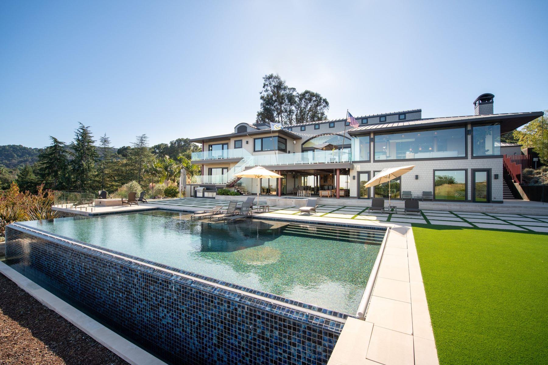 Additional photo for property listing at Modern Vineyard Estate Los Altos Hills, California 94022 Estados Unidos