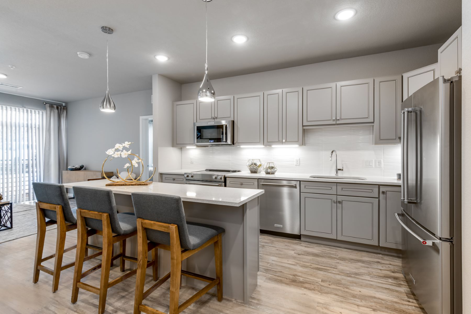 Additional photo for property listing at 155 South Monaco Parkway #201 155 S Monaco Pkwy #201 Denver, Colorado 80224 United States