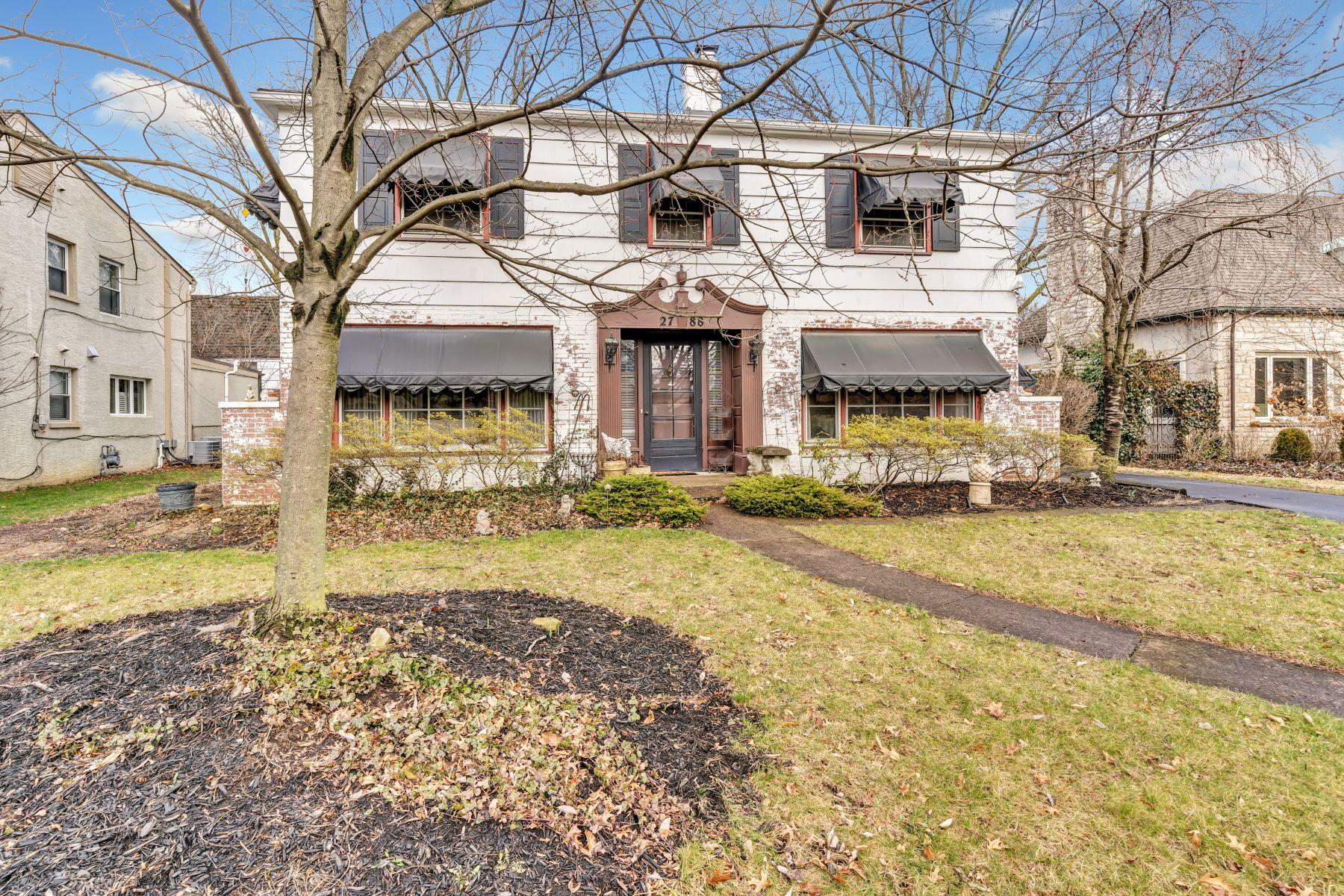 Single Family Homes 为 销售 在 2788 Brentwood Road 贝克斯利, 俄亥俄州 43209 美国