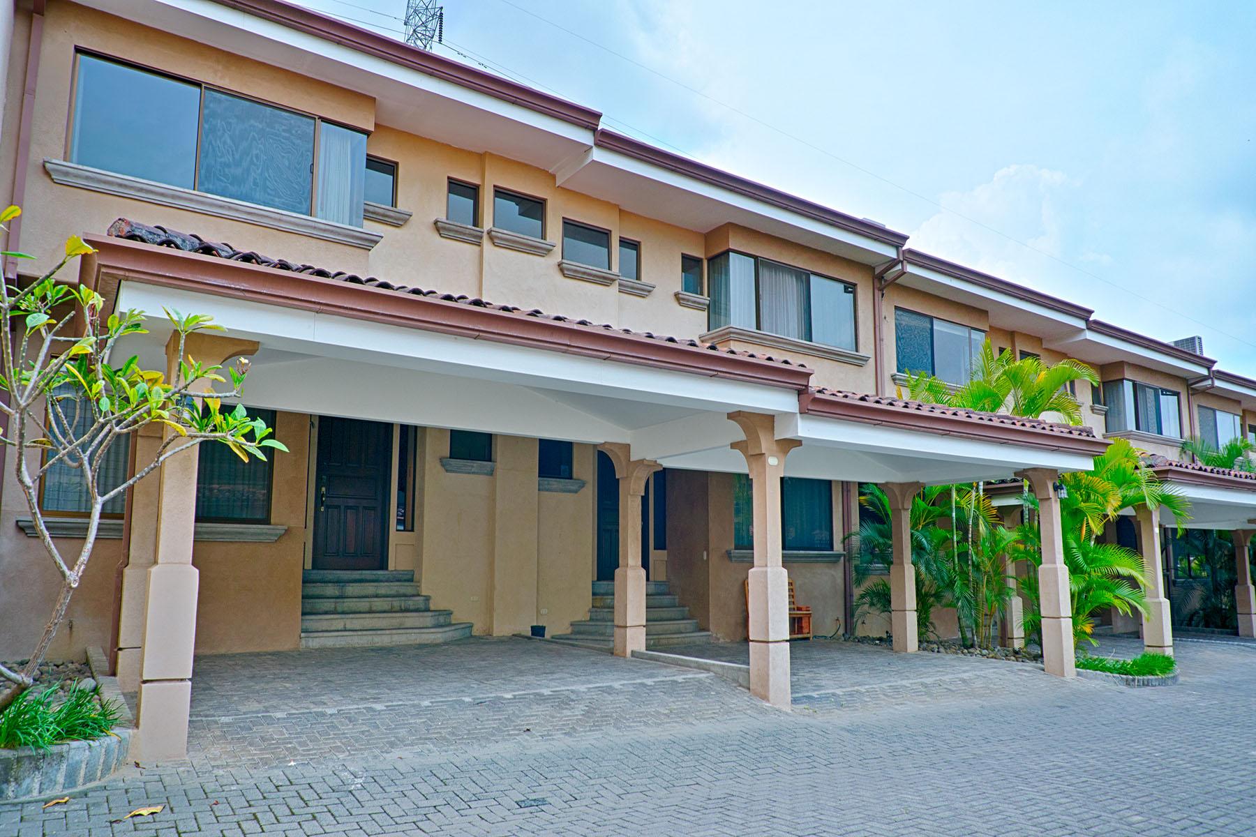 共管式独立产权公寓 为 出租 在 Casa Sierra Morena Escazu, 圣何塞, 哥斯达黎加