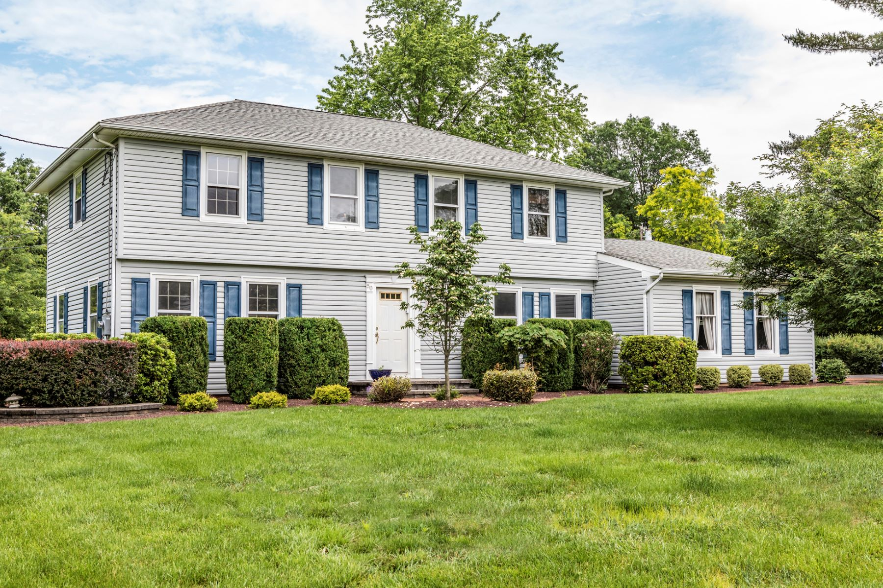 single family homes for Sale at Value-packed In A Terrific Neighborhood 50 Sleepy Hollow Lane, Belle Mead, New Jersey 08502 United States