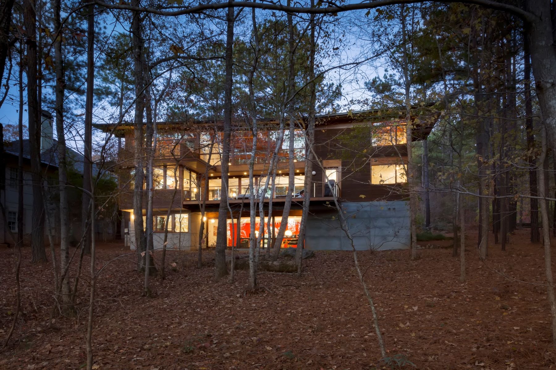 Additional photo for property listing at Exquisite Contemporary Estate on Grange Lake in Serenbe Community 10744 Serenbe Lane Chattahoochee Hills, Georgia 30268 United States