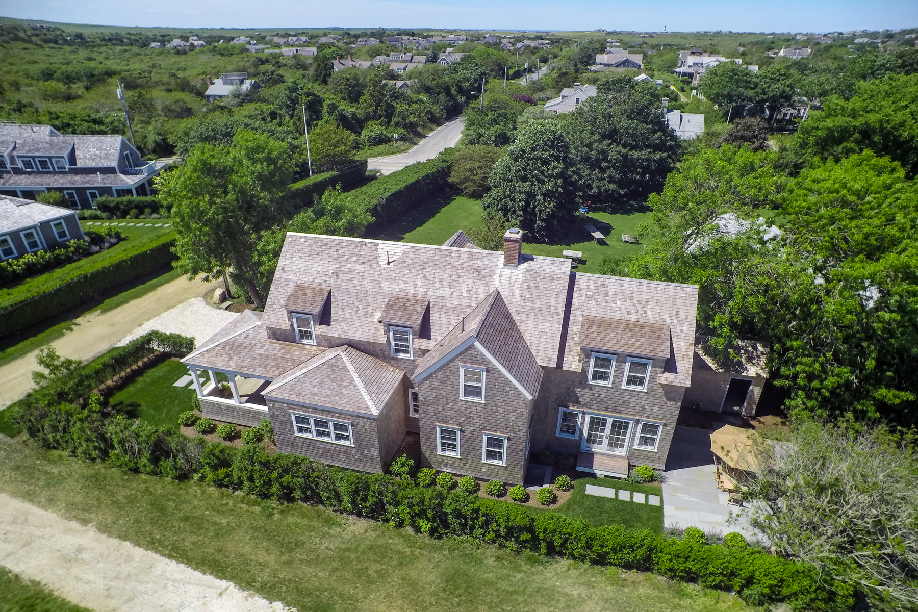 Single Family Home for Sale at Beautiful New Home 5 Bunker Hill Road, Nantucket, Massachusetts, 02564 United States