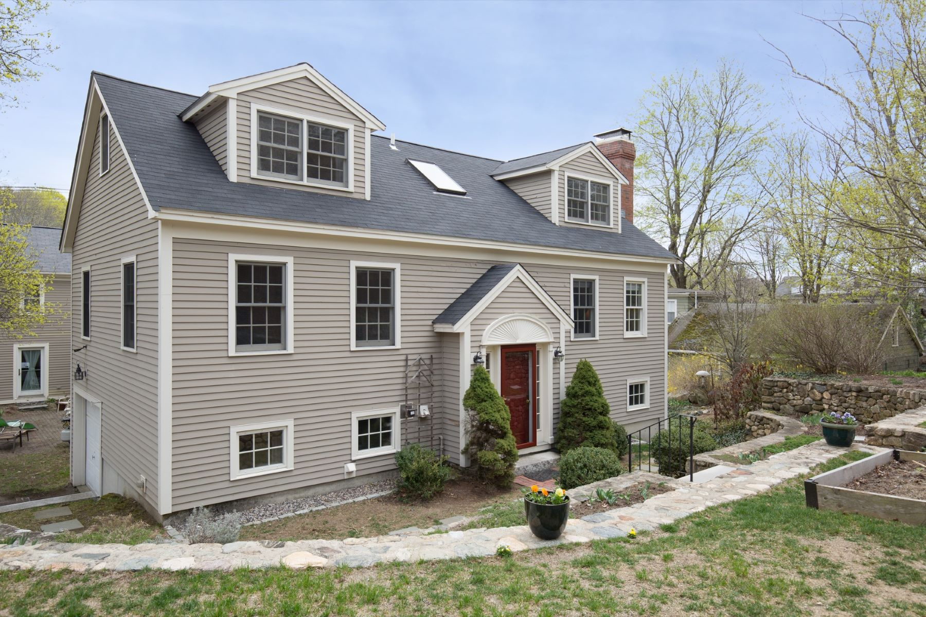 Condomínio para Venda às 4 Gibson Road Lexington, Massachusetts, 02421 Estados Unidos