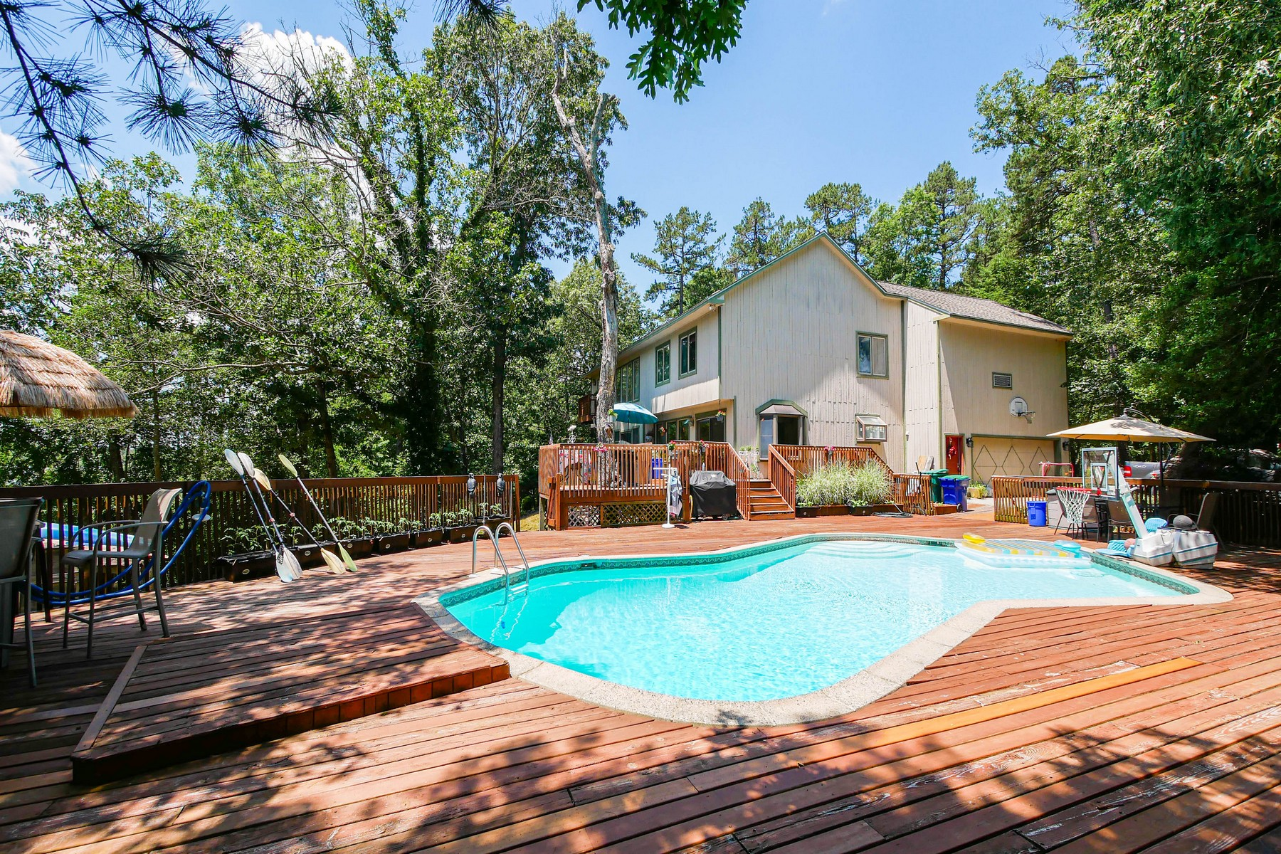 Additional photo for property listing at Riverfront Home 556 Gravelly Run Rd, Mays Landing, Nova Jersey 08330 Estados Unidos