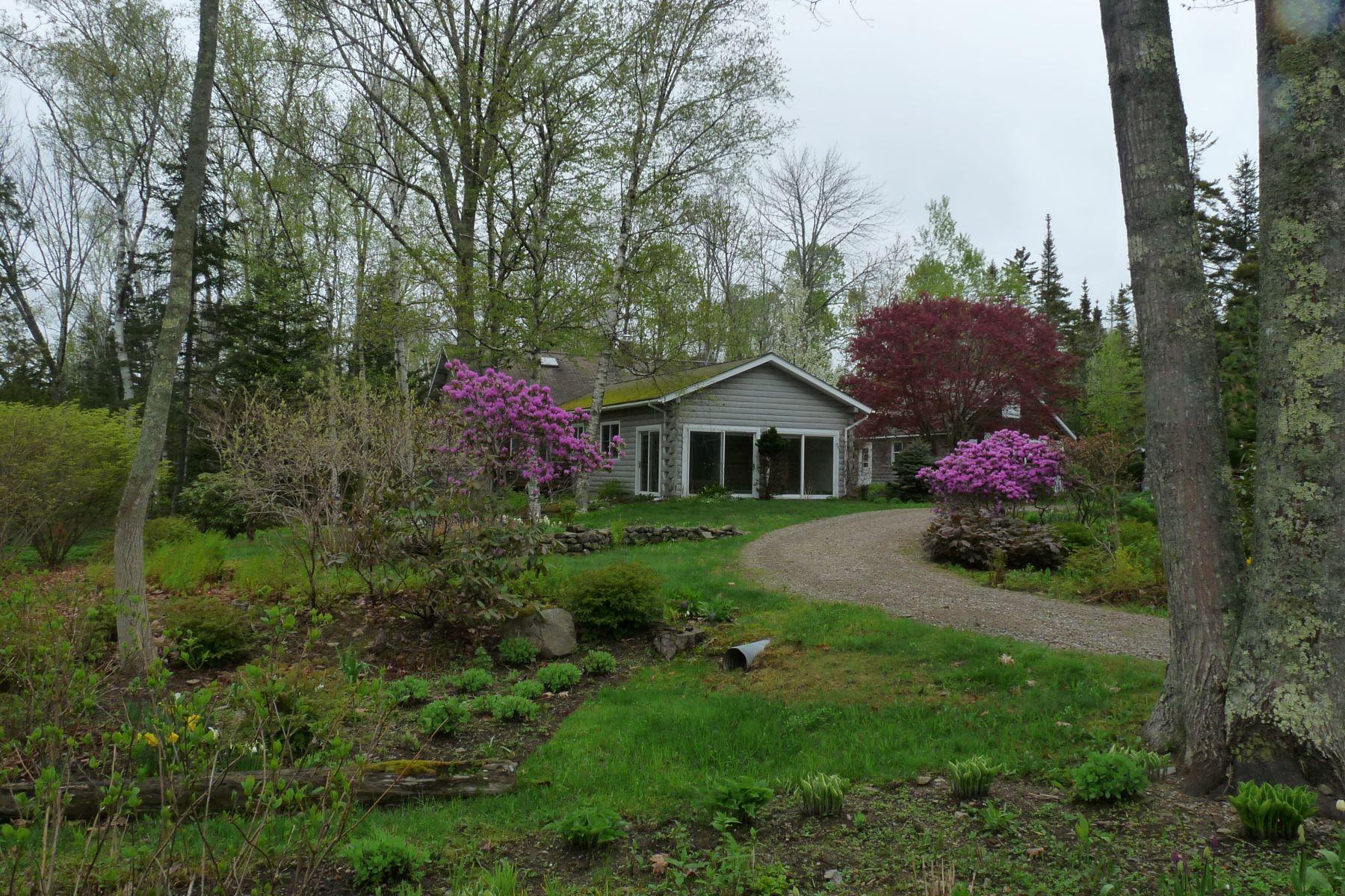 Single Family Homes للـ Sale في Islesboro, Maine 04848 United States