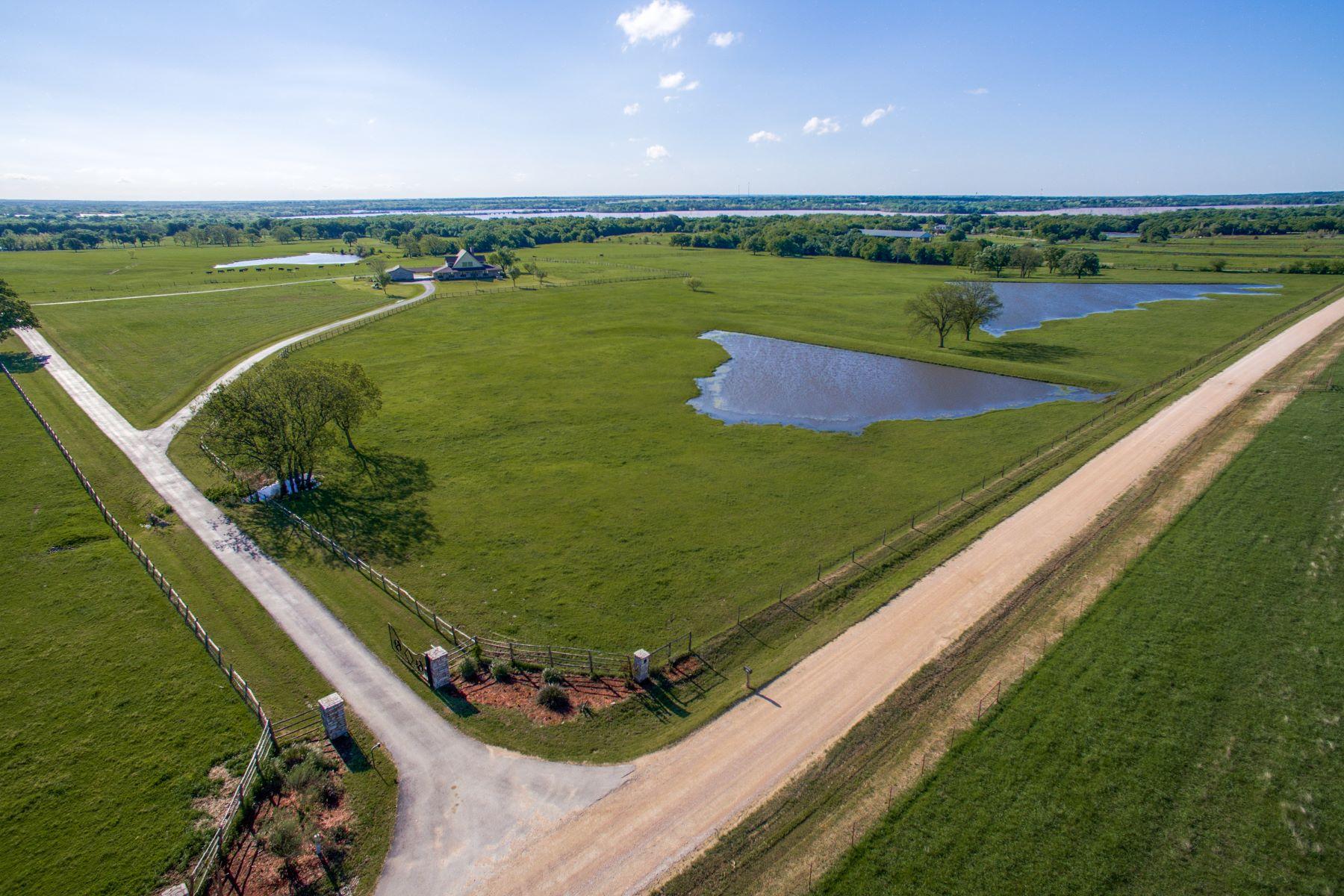 农场 / 牧场 / 种植园 为 销售 在 Ray Roberts Ranch 211 Acres 360 Pop Noah Road Collinsville, 得克萨斯州 76233 美国