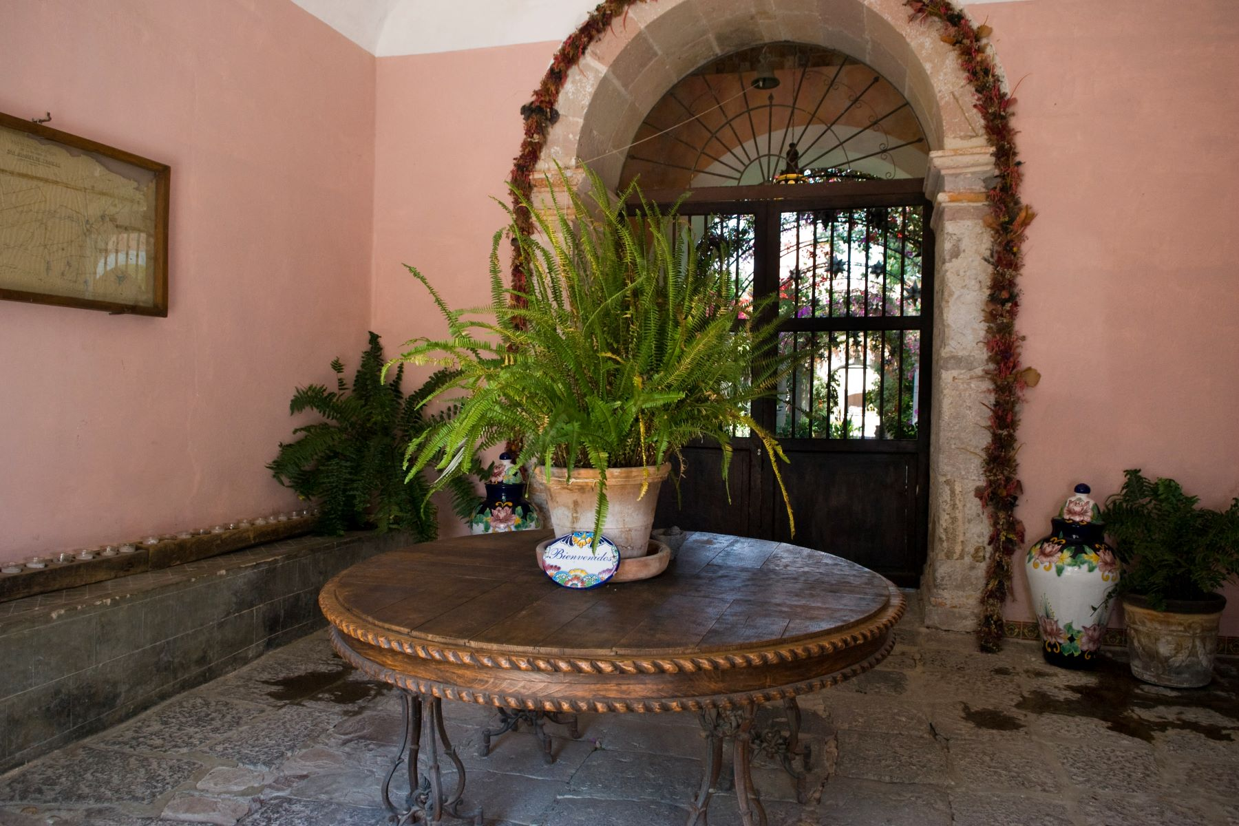 Additional photo for property listing at Hacienda Las Trancas Carretera a Dolores San Miguel De Allende, Guanajuato 37700 Mexico