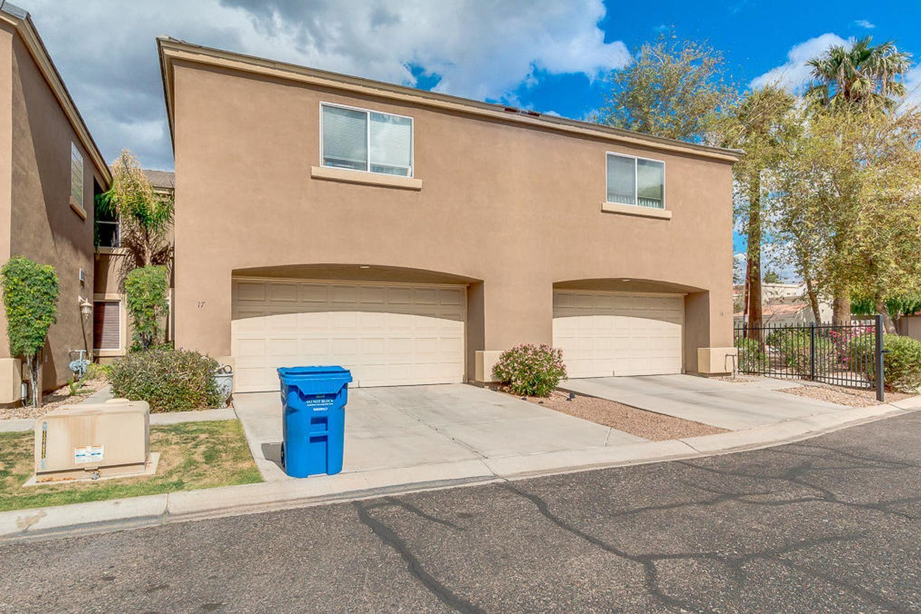 Townhouse for Sale at Open and Spacious Home 4202 N 21ST ST 17 Phoenix, Arizona 85016 United States