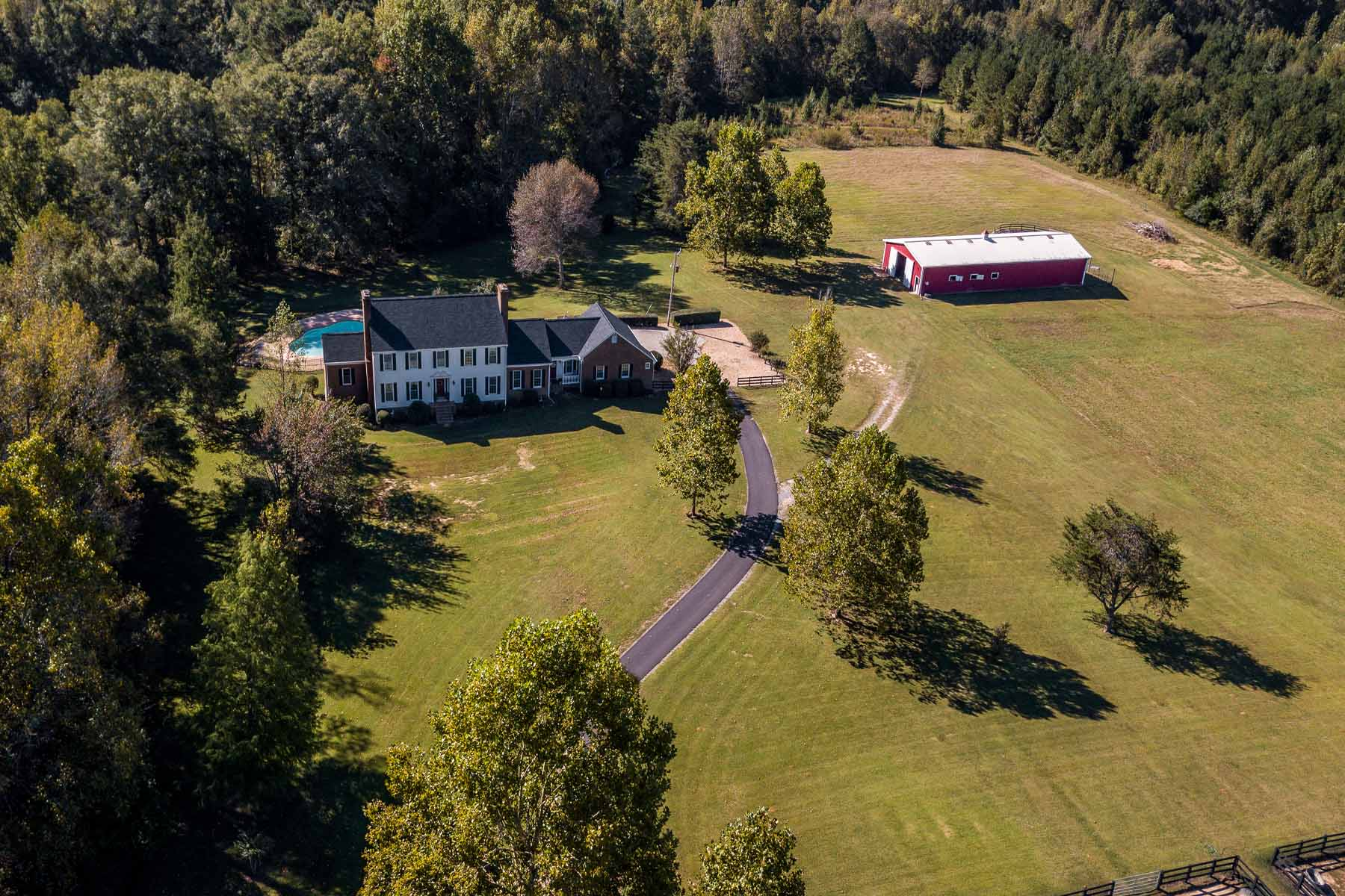Maison unifamiliale pour l Vente à Beautiful Equestrian Estate 401 Irish HIll Rd Concord, Georgia 30206 États-Unis
