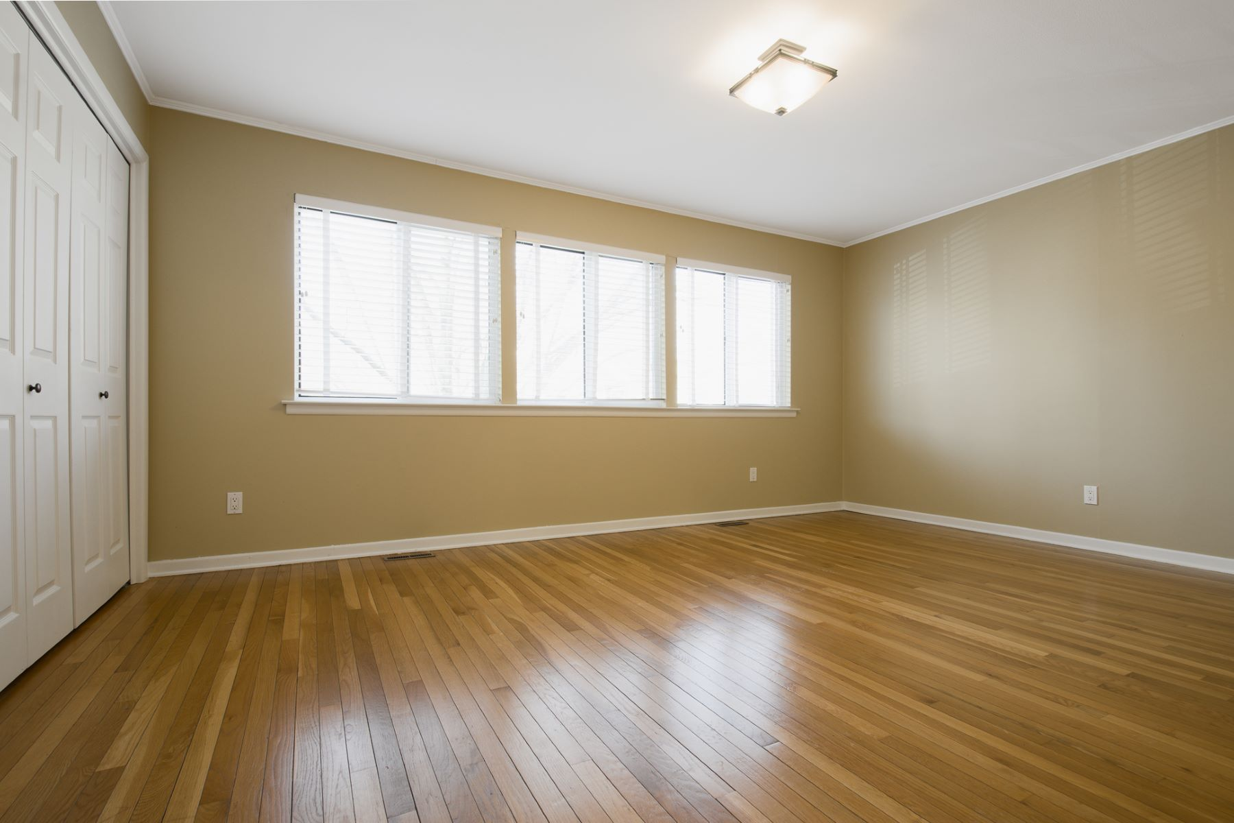 Additional photo for property listing at Stunning 2 Bedroom Queenston Commons for Rent! 17 Gordon Way Princeton, New Jersey 08540 United States
